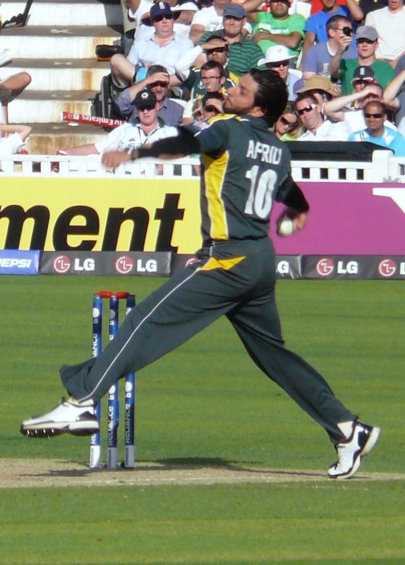 Shahid Afridi Bowling Style Playing Style Afridi Bowling