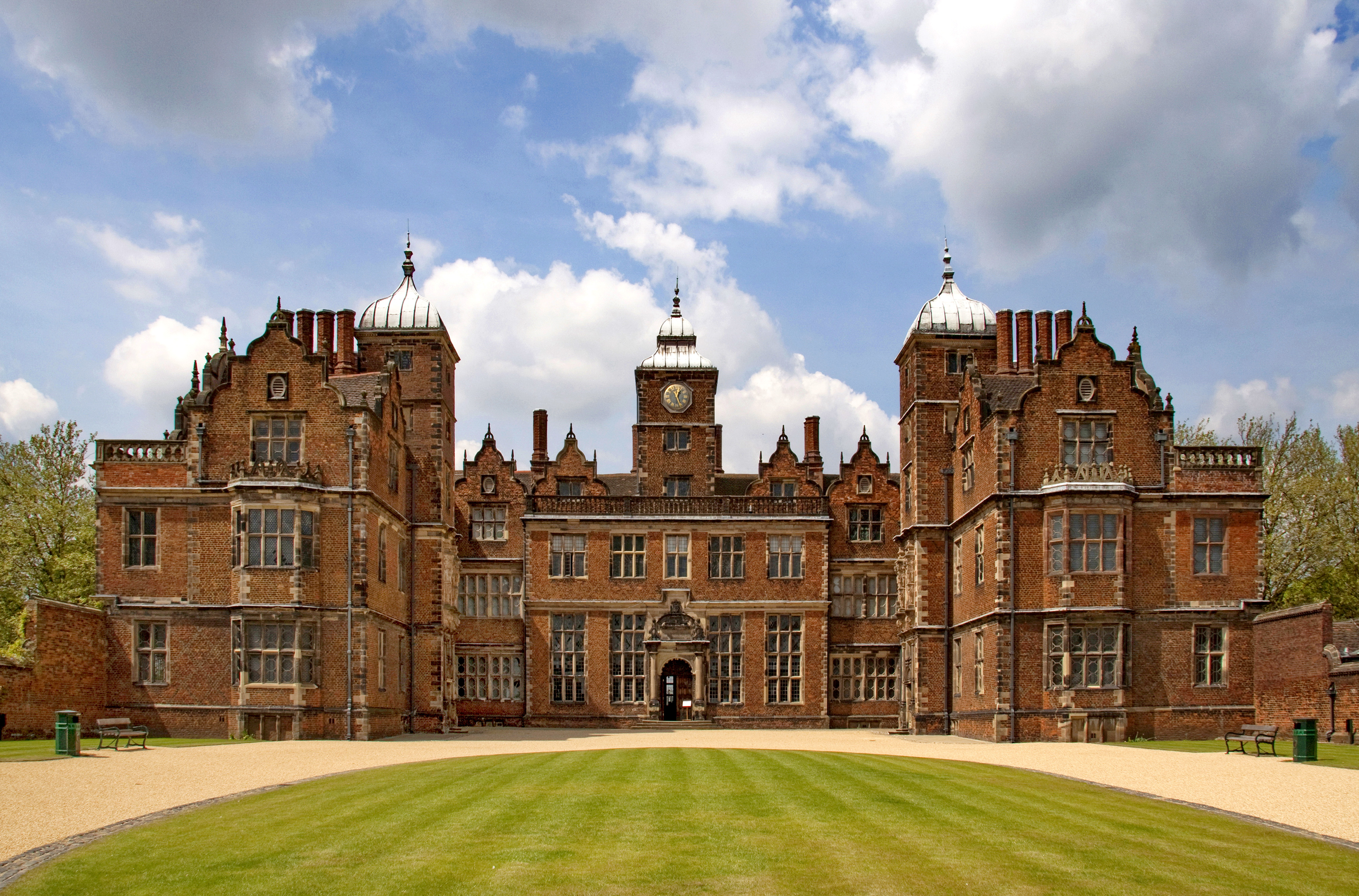 Aston Hall - Wikipedia