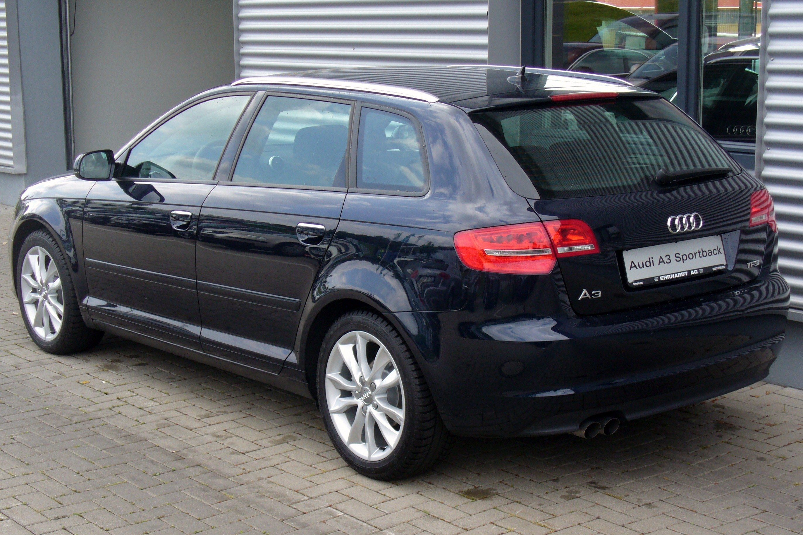 file audi a3 sportback ambition 1 4 tfsi s tronic tiefseeblau heck jpg wikimedia commons. Black Bedroom Furniture Sets. Home Design Ideas