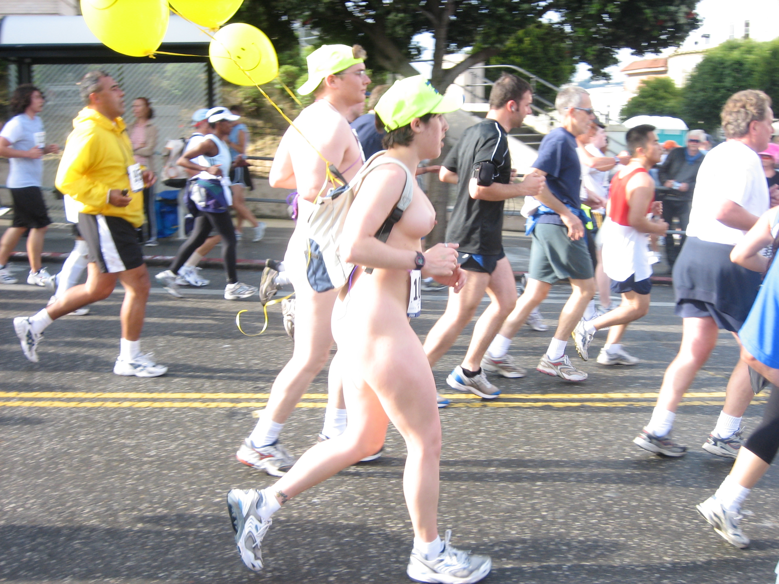 Bay to breakers naked women running due