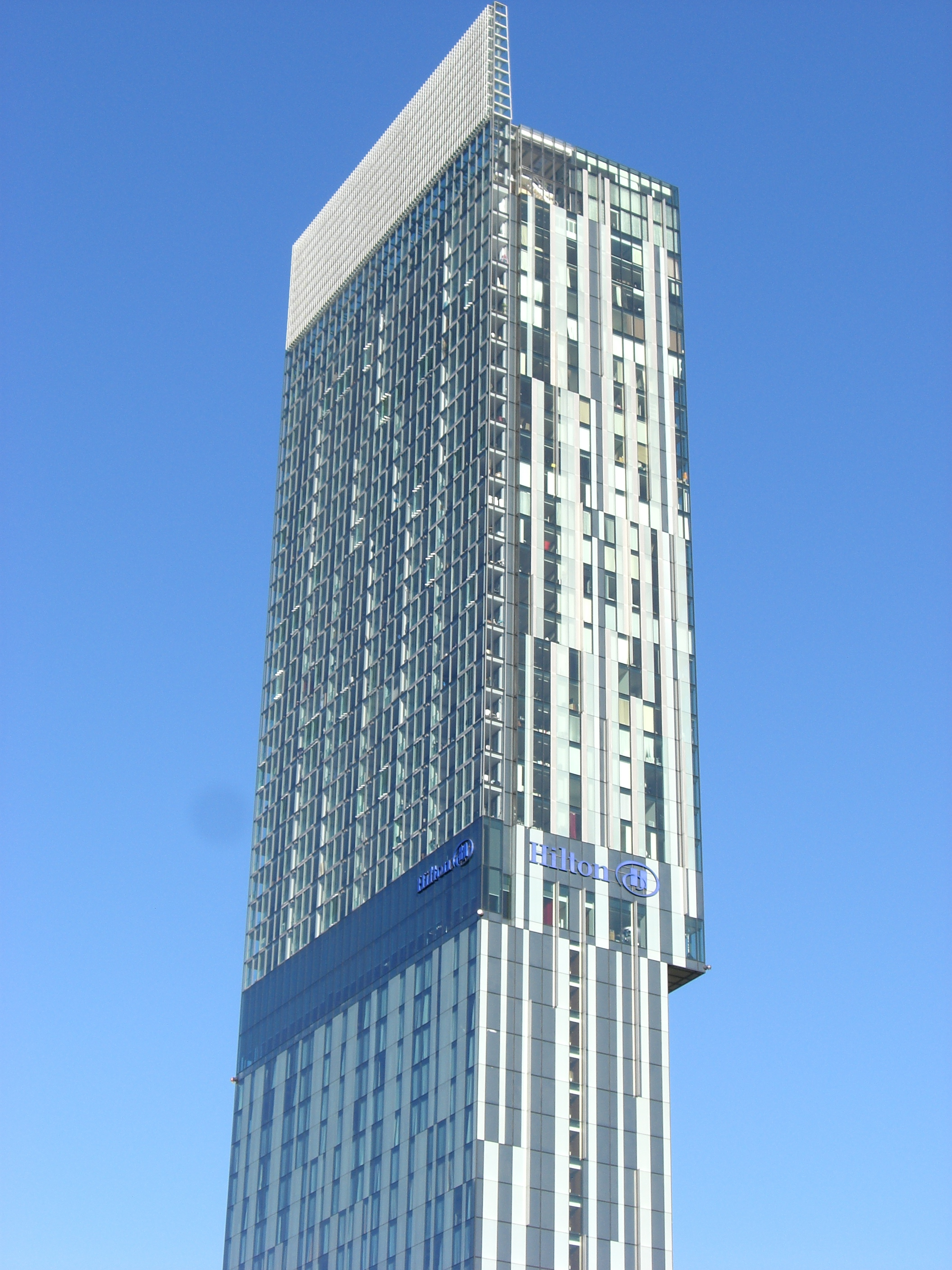 Modern Architecture File Beetham Tower Manchester Jpg Wikimedia Commons