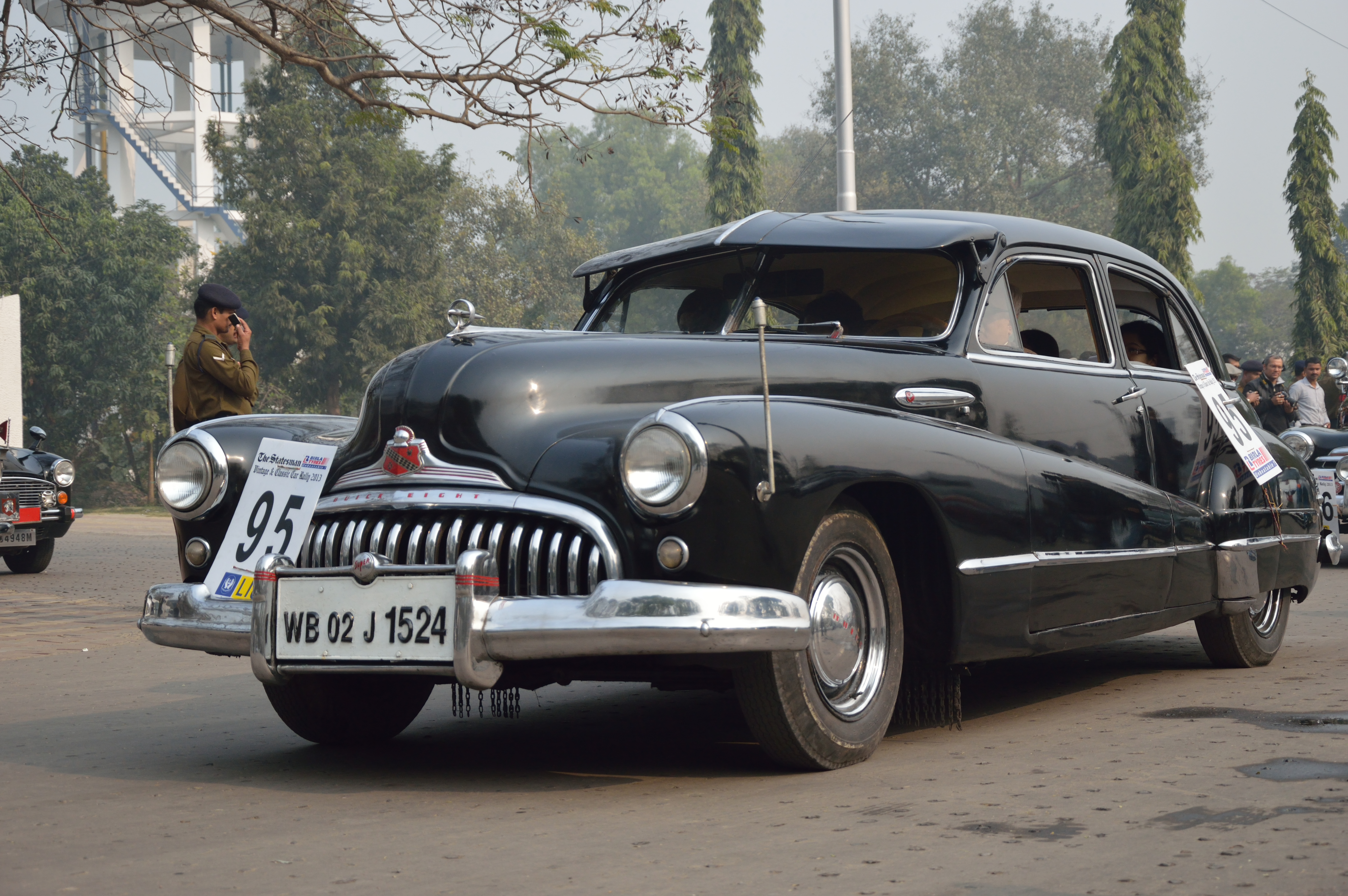 Buick_-_Super_8_-_1947_-_40_hp_-_8_cyl_-
