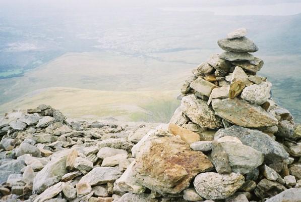 Carnedd Dafydd summit cairn - geograph.org.uk - 626144