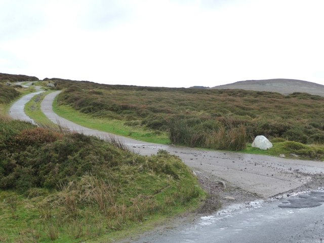 Concrete track at the summit of the Rhosgadfan - Waunfawr road - geograph.org.uk - 1601938.jpg