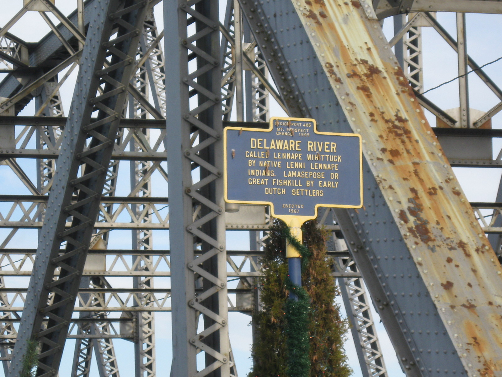 Matamoras (PA) United States  City pictures : Delaware River sign in Matamoras, PA Wikipedia, the free ...