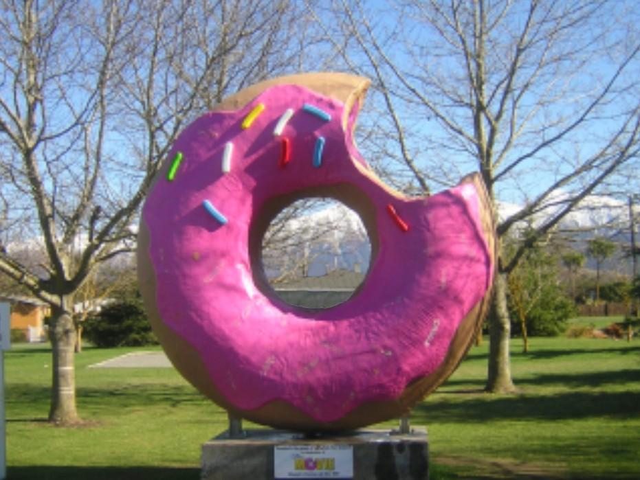 Monumento al donut de springfield en Nueva Zelanda