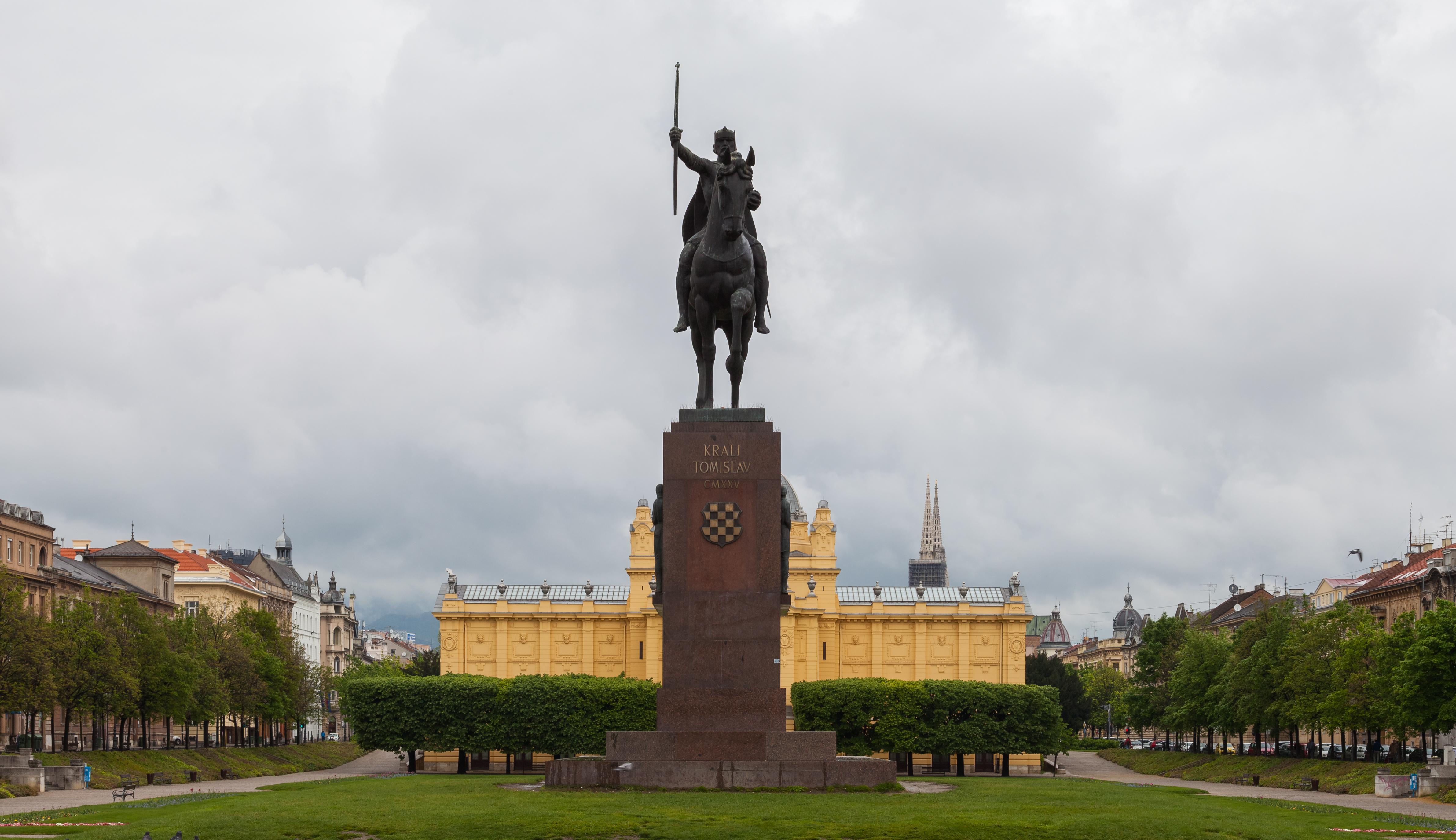 Archivo:Estatua de Tomislav de Croacia, Zagreb, Croacia, 2014-04-20 ...