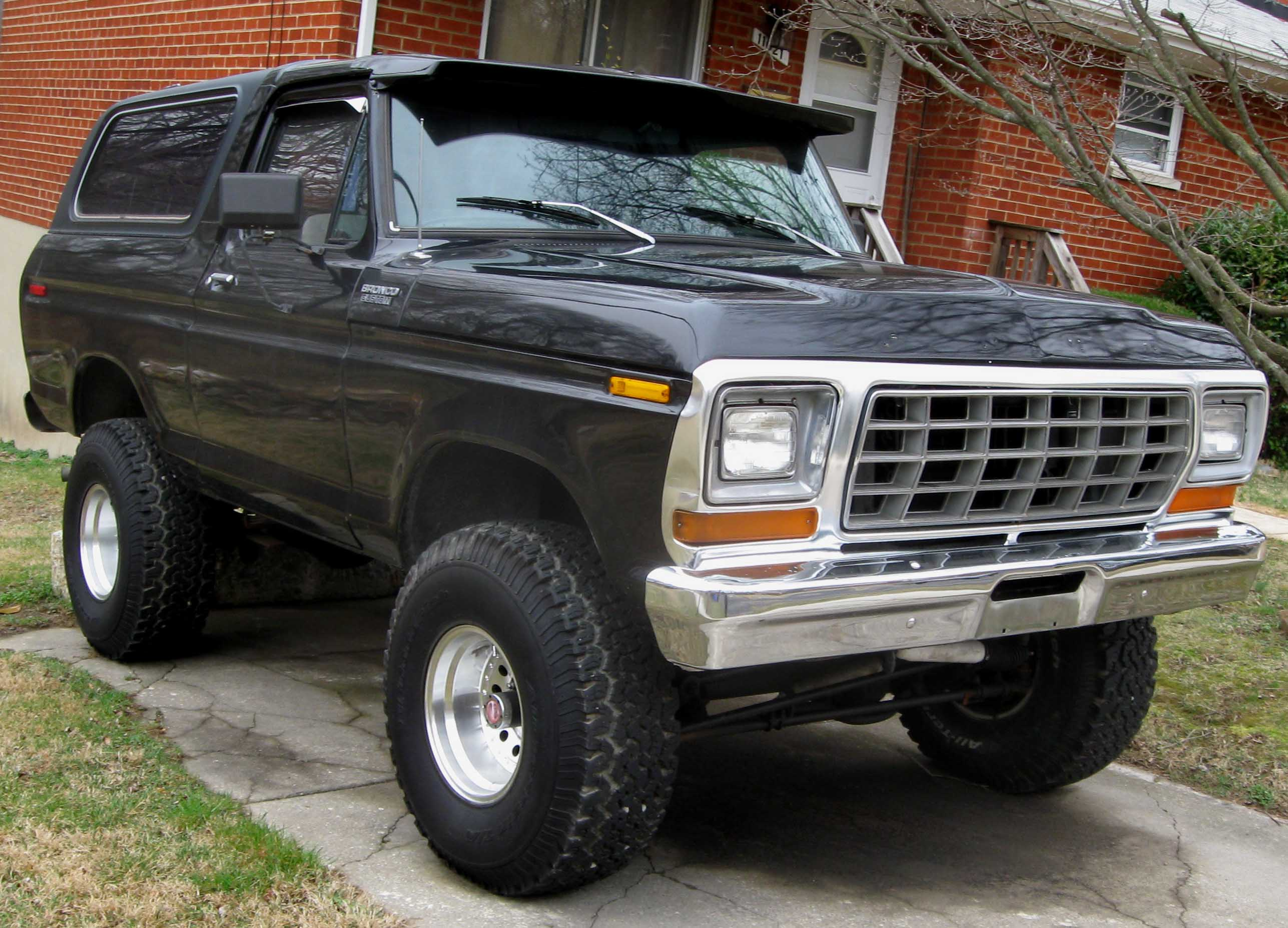 Ford bronco 4x4 historia taringa