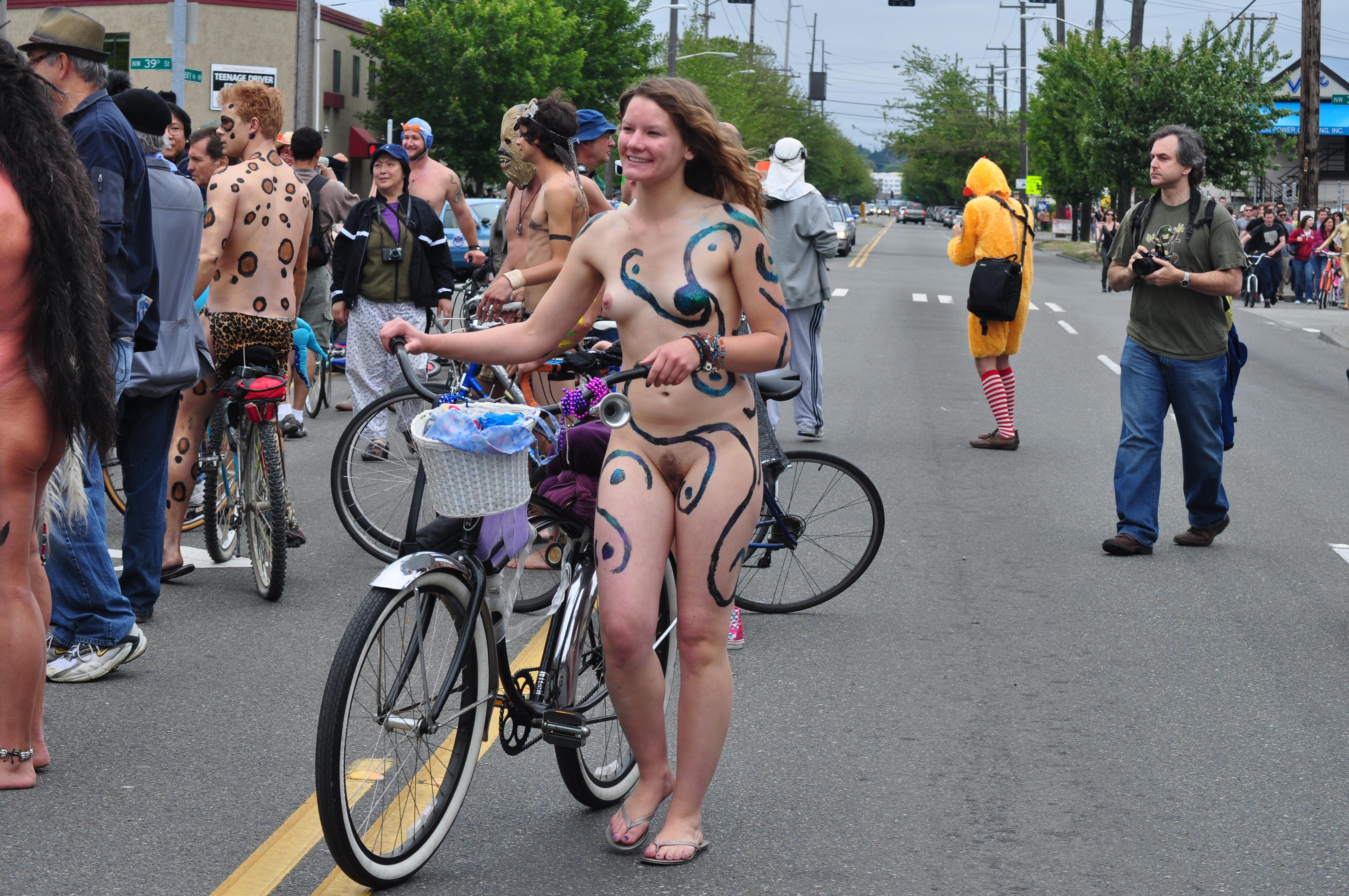 Fremont solstice nude bike