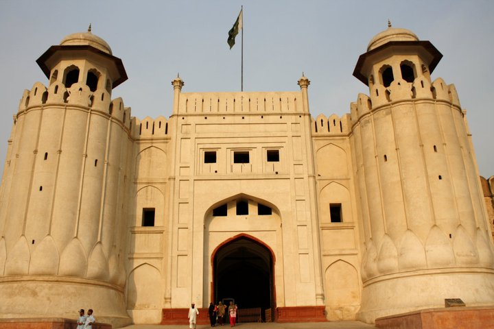 Front Elevation In Lahore : File front elevation alamgiri gate lahore fort g