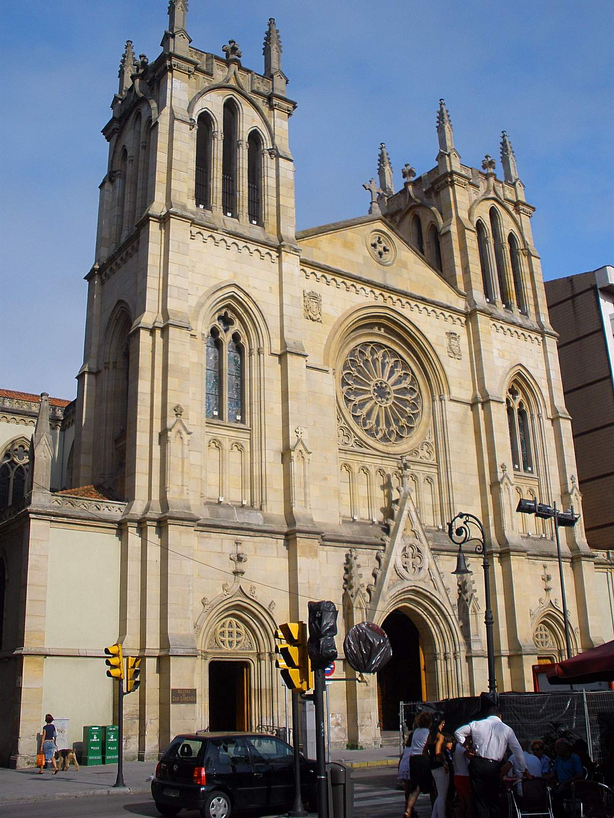 File:Gijon - Iglesia de San Lorenzo 03.JPG