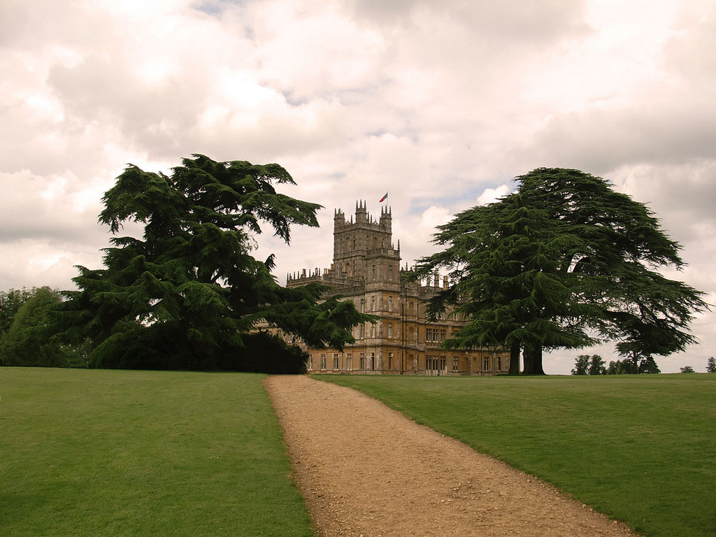 Highclere Castle Wallpaper File:highclere Castle July