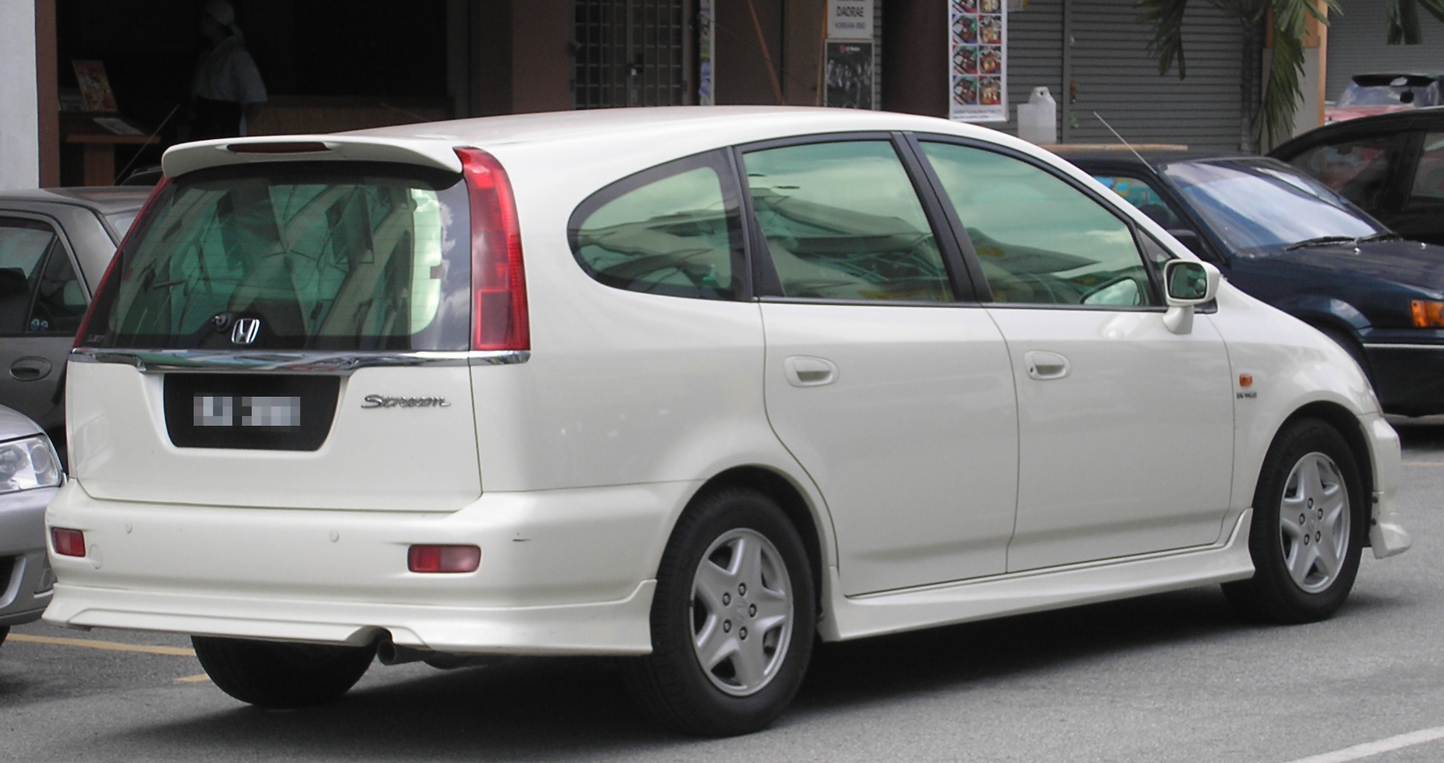 file honda stream first generation rear wikimedia commons. Black Bedroom Furniture Sets. Home Design Ideas