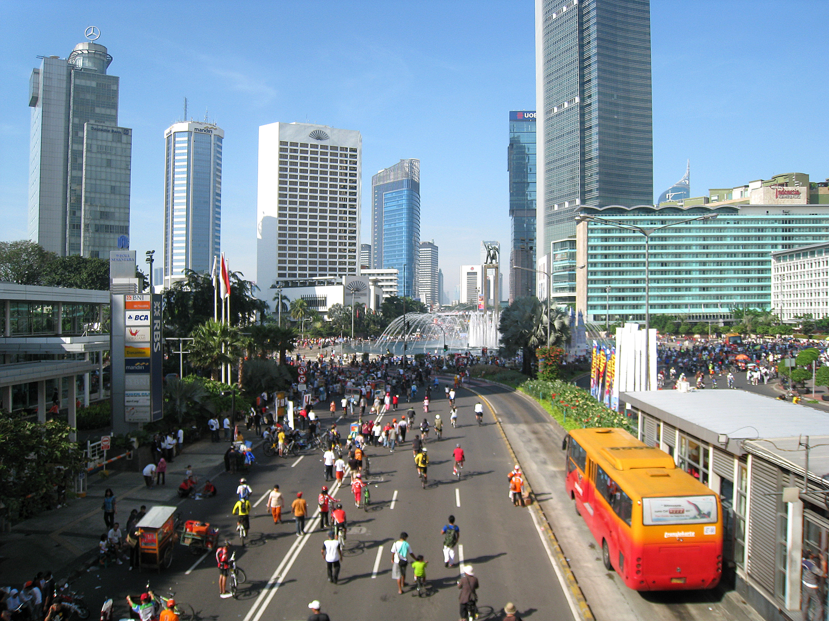 Jpg Pictures Free Jakarta Car Free Day jpg