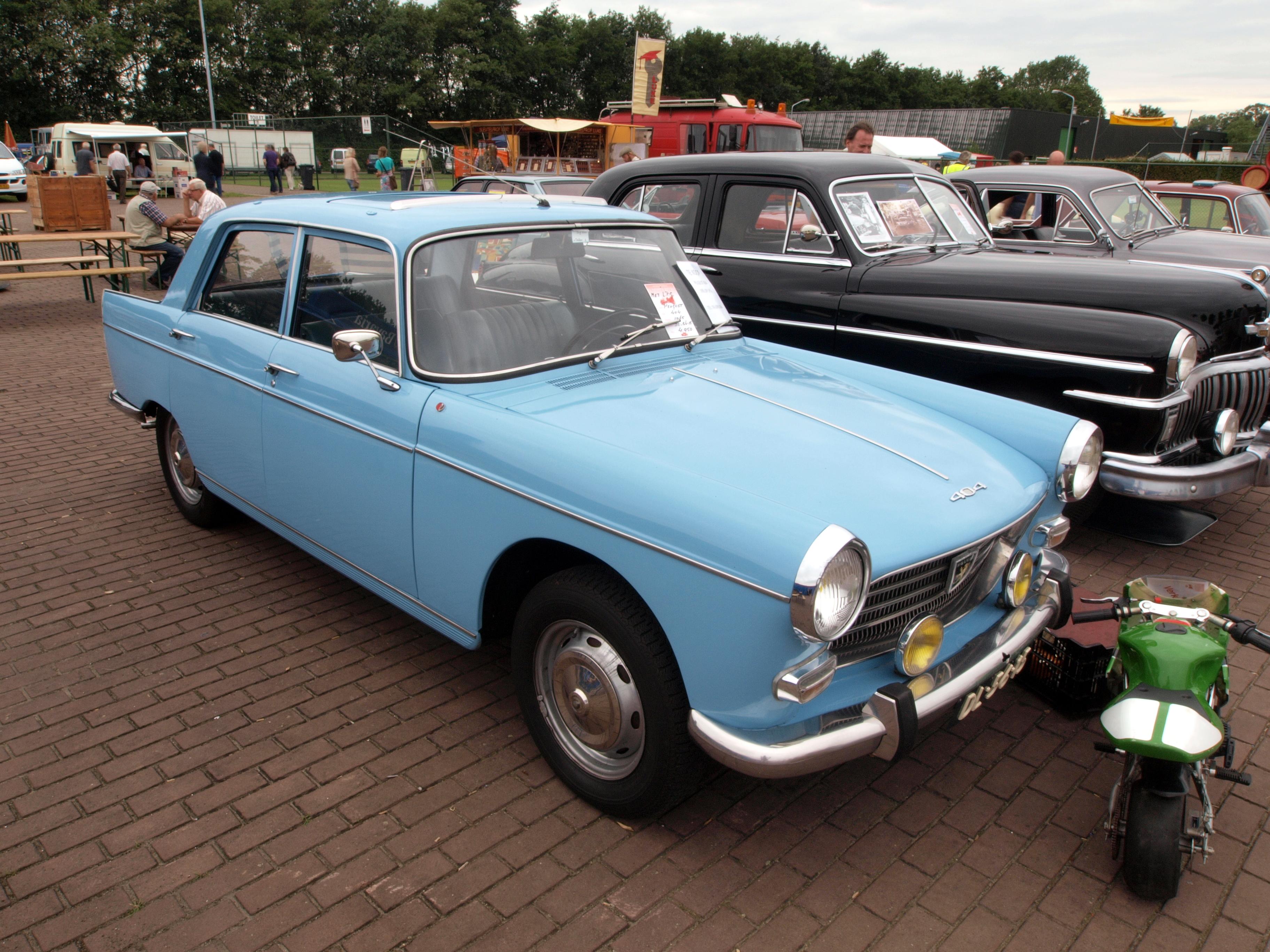 2 Person Car >> File:Ligth blue Peugeot 404, Dutch licence registration DL ...