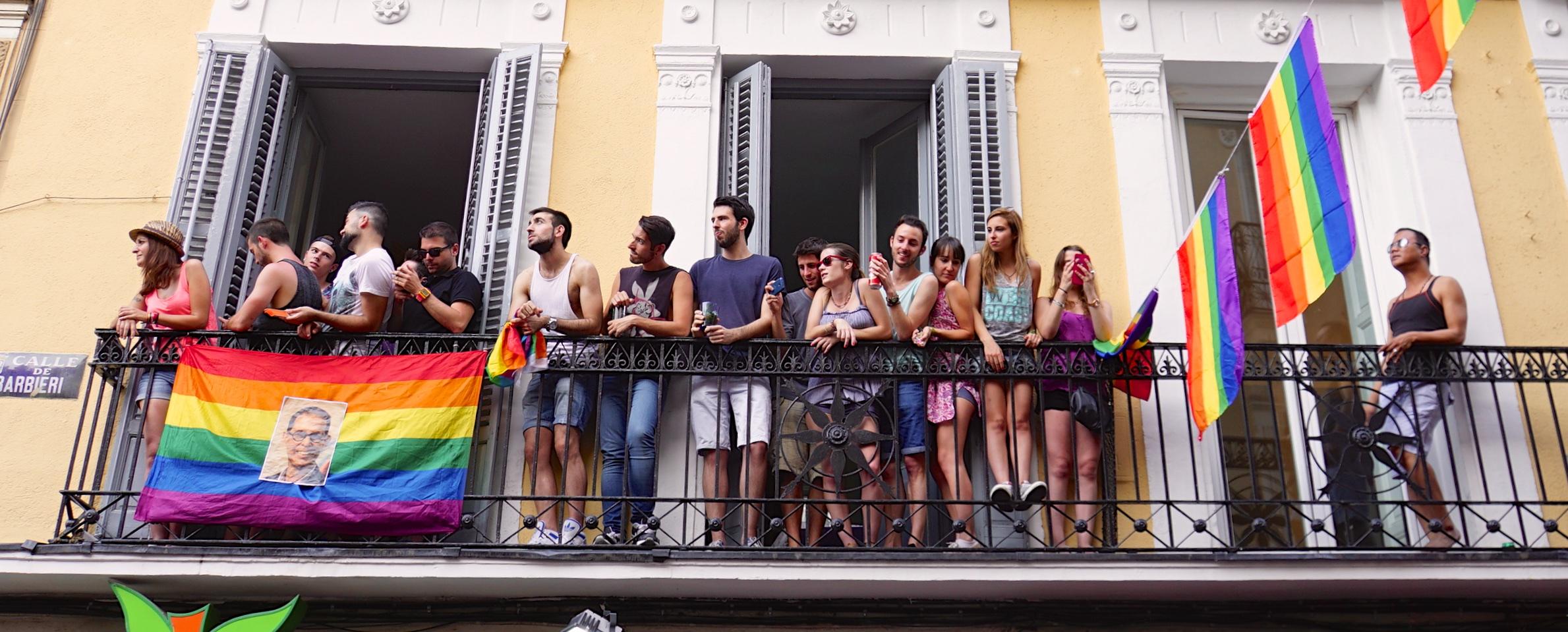 Club Quinze, Lieu De Rencontre Libertine Et échangiste