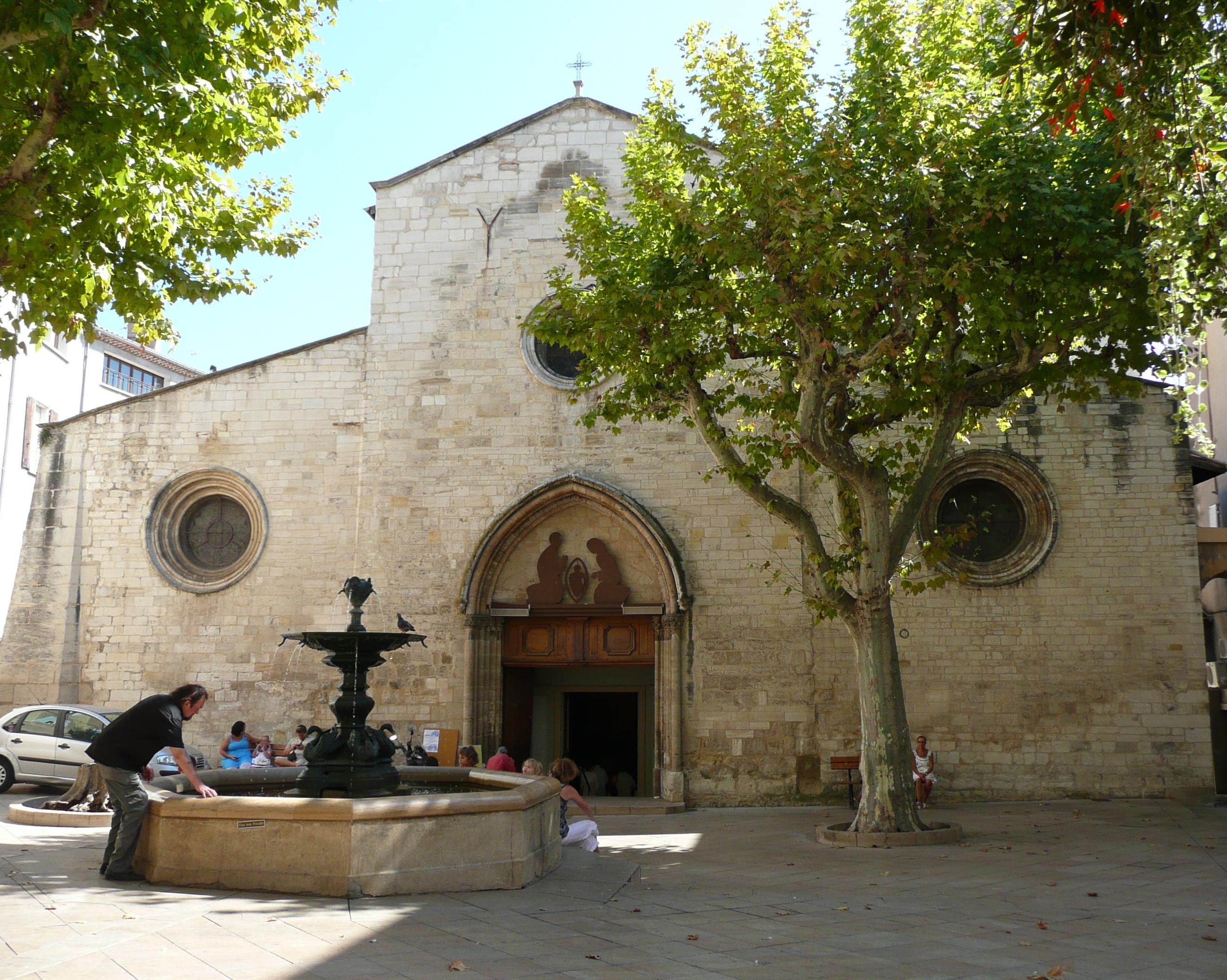Manosque France  city pictures gallery : Fichier:Manosque,église saint Sauveur01 — Wikipédia