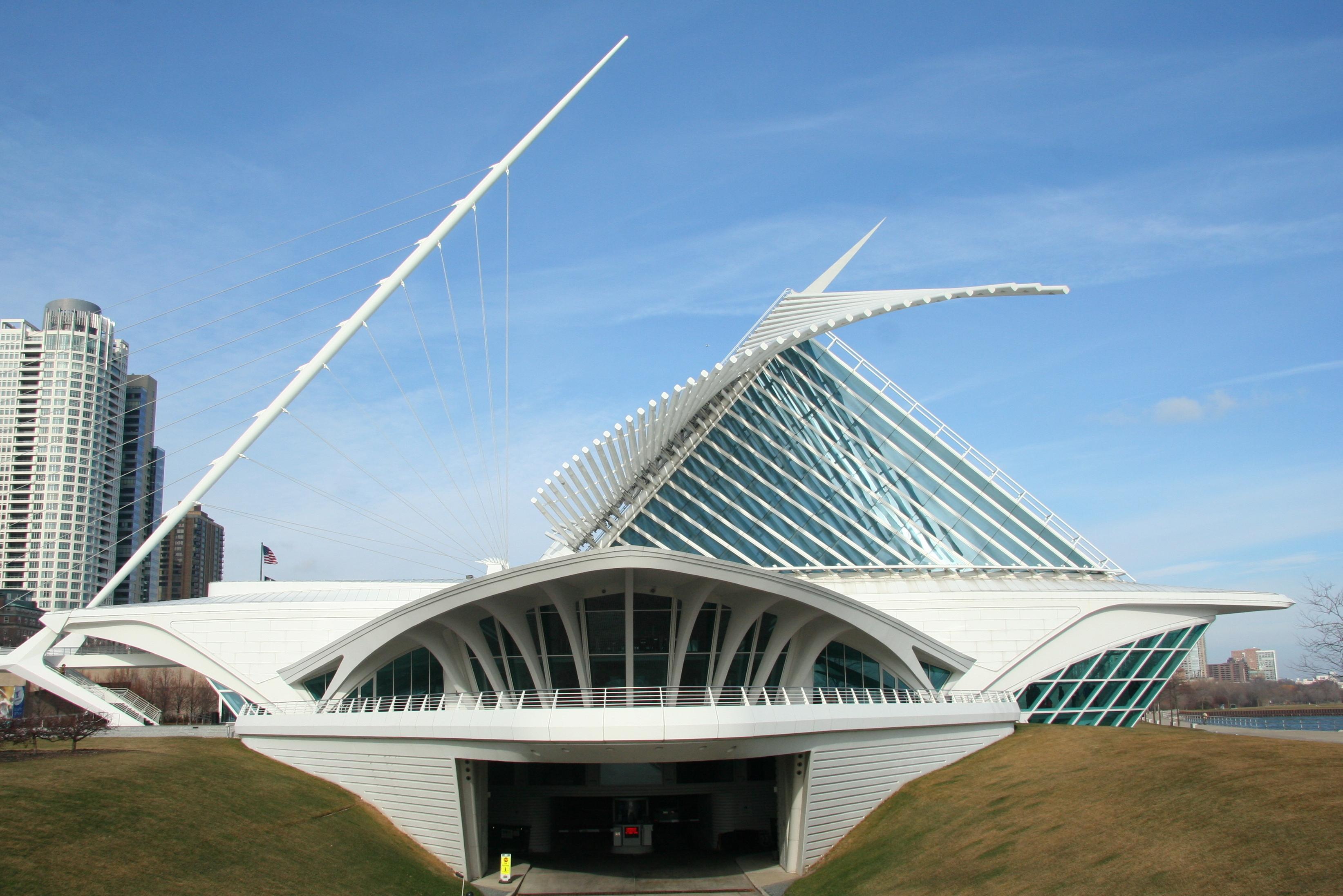 Santiago Calatrava  Quadracci Pavilion At Milwaukee Art Museum - Number of art museums in usa