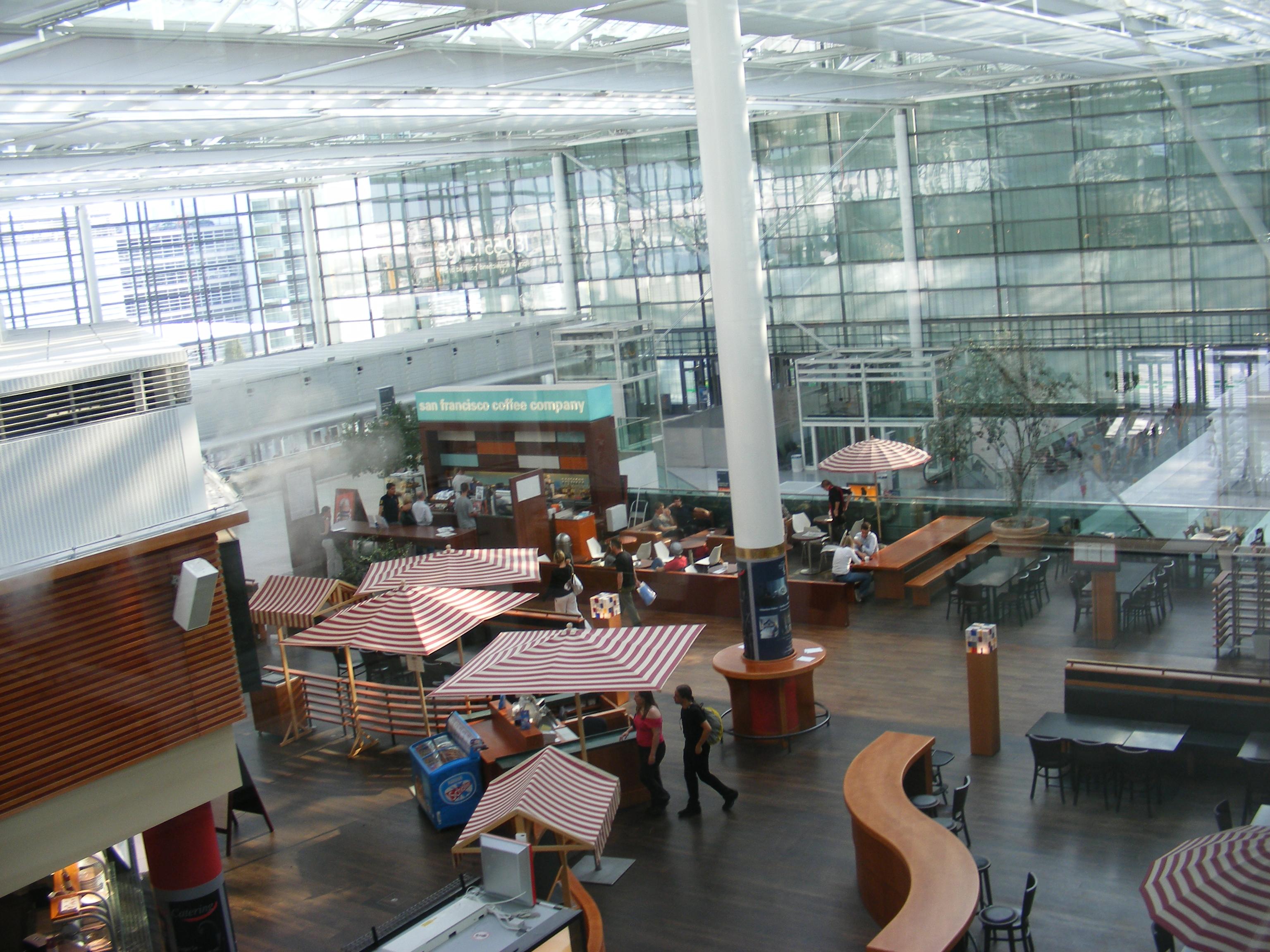 File:Munich Airport, Terminal 2 Level 05 - SFCC.jpg
