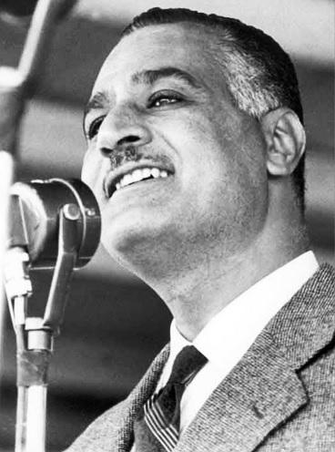 Nasser making a speech in 1960.jpg