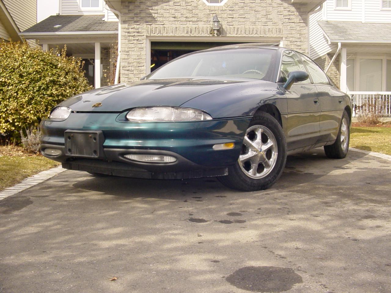 File:Oldsmobile Aurora 1998.jpg - Wikipedia, the free encyclopedia