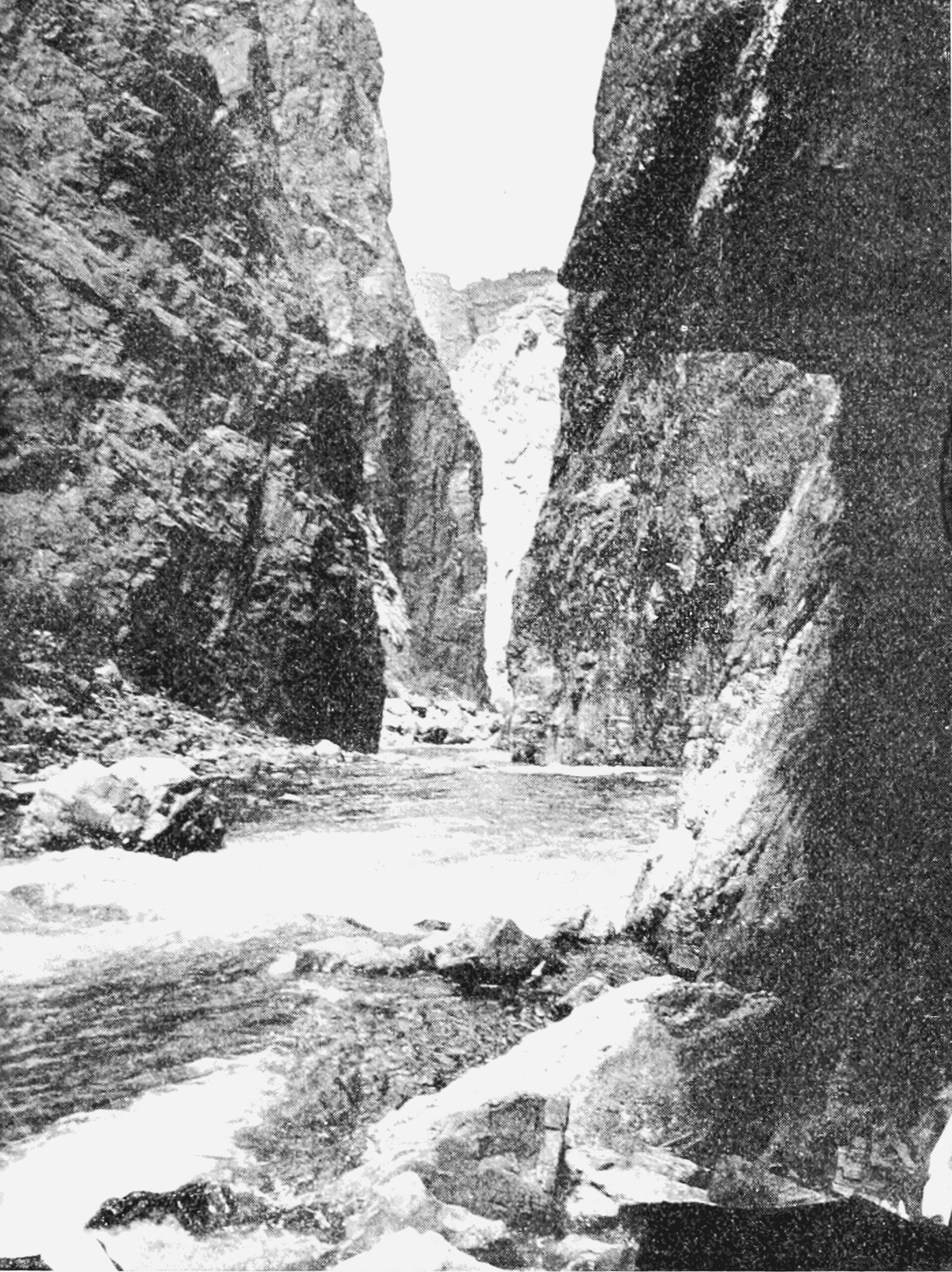 PSM V66 D117 Gunnison canyon near diversion tunnel.png
