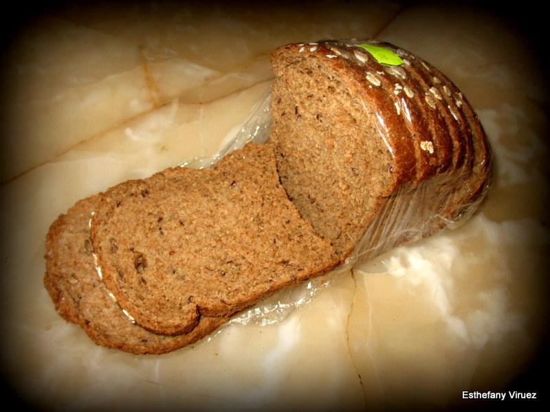 File:Pan de Gluten.JPG - Wikimedia Commons