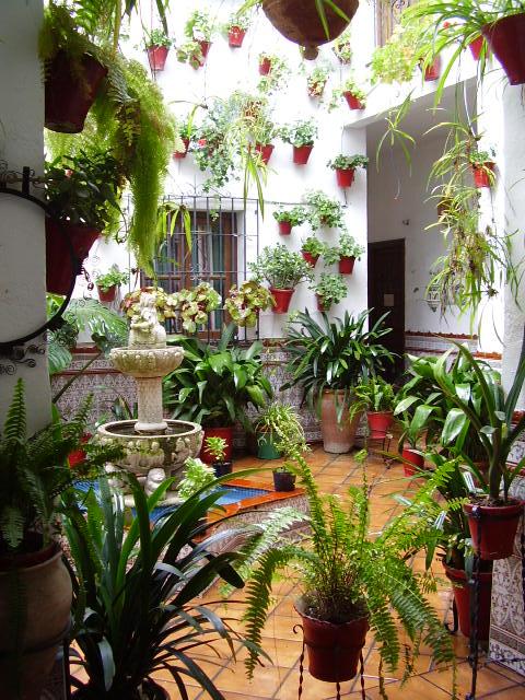 File patio cordob s wikimedia commons - Cuadros estilo colonial ...