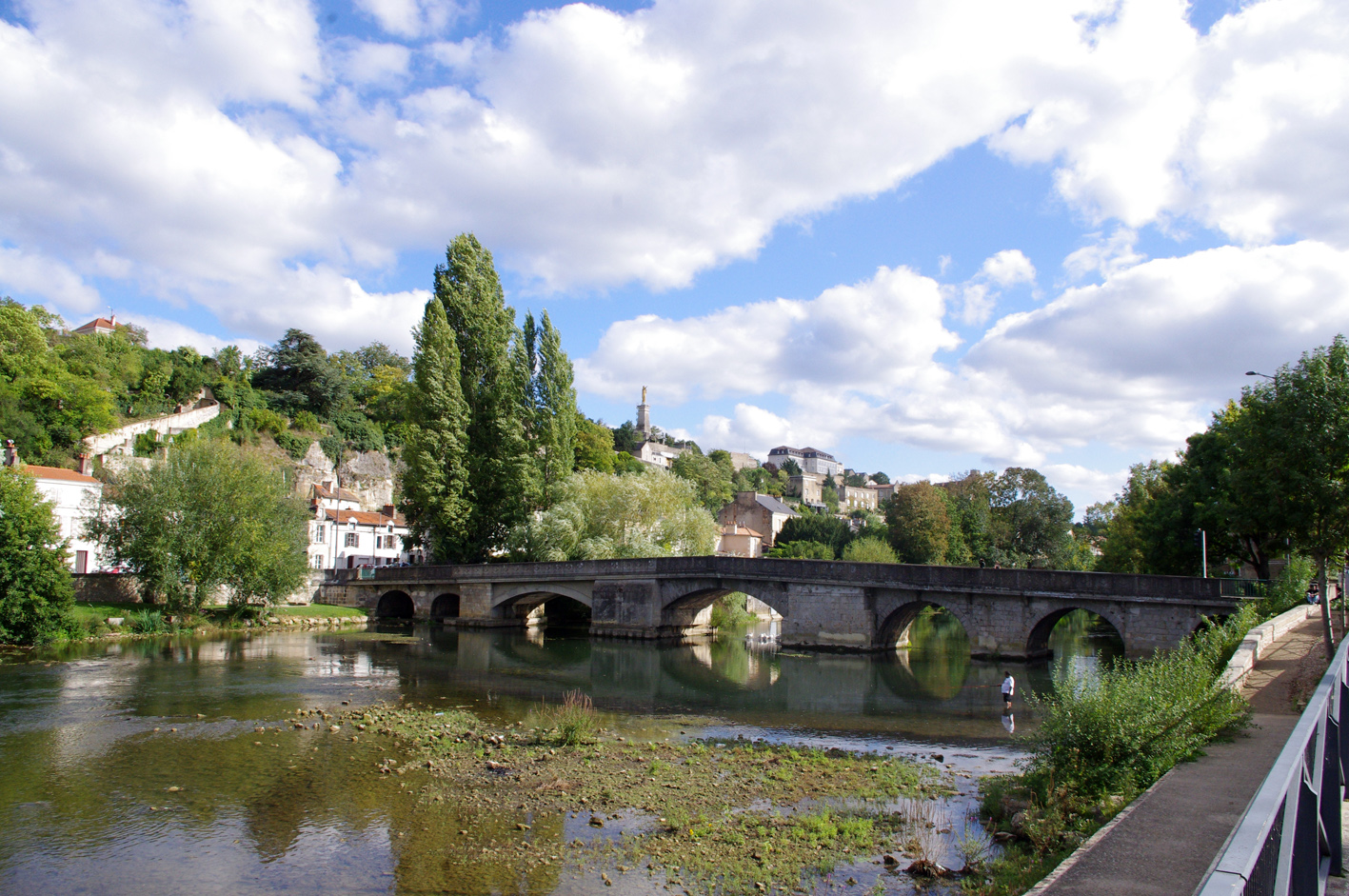 Pont joubert wikip dia for Garage poitiers clain