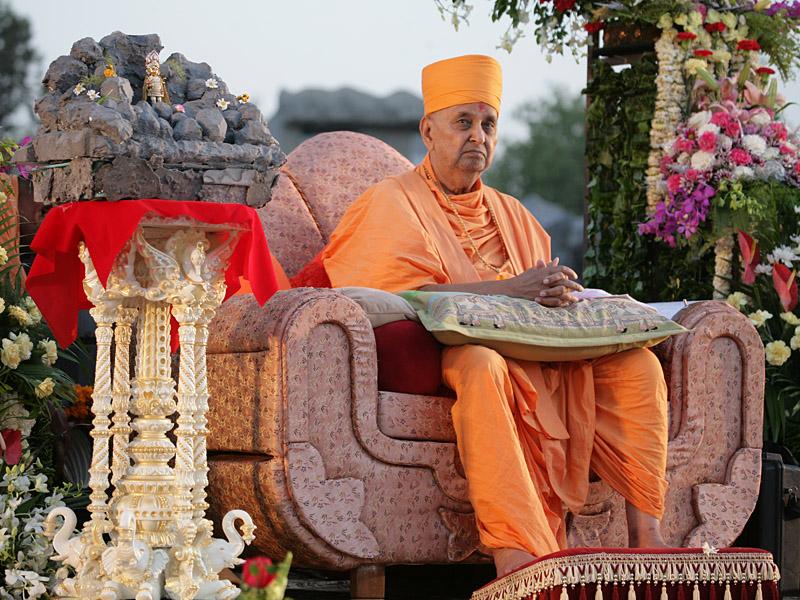 Pramukh Swami Maharaj, 2010
