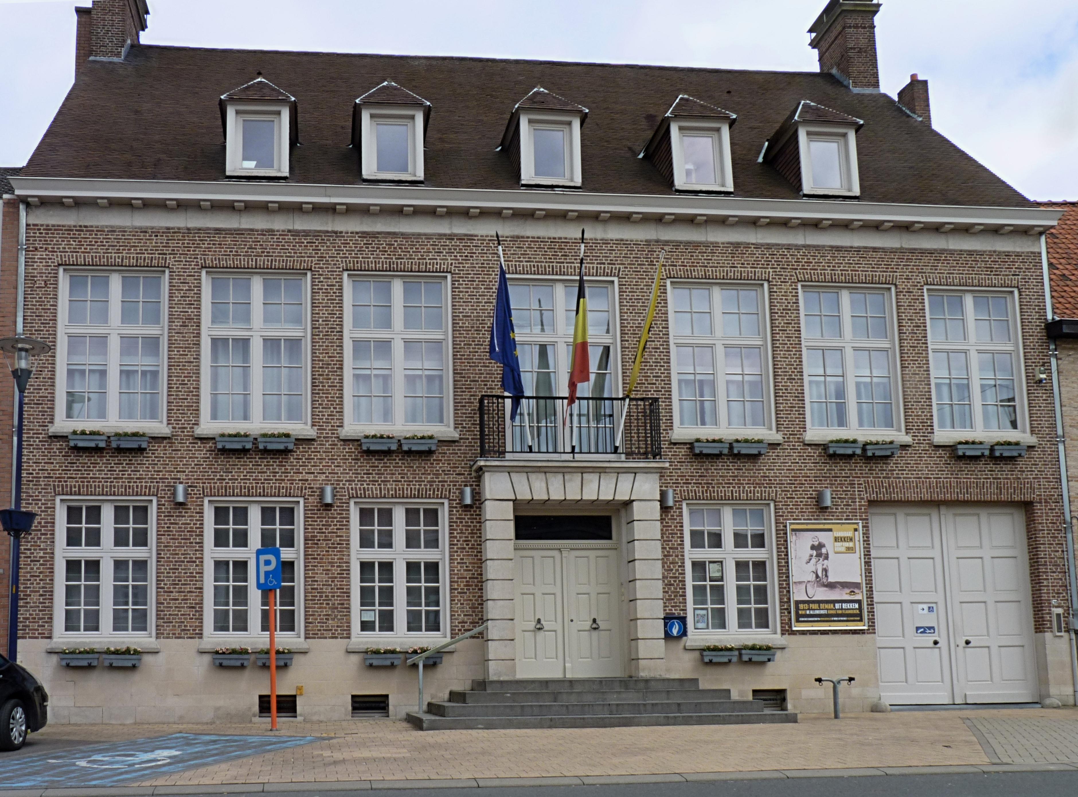 File rekkem maison communale gemeentehuis j1 jpg for Auderghem maison communale