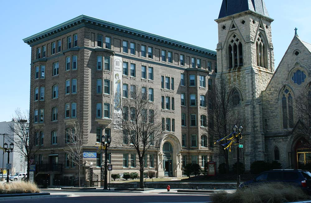 St James Court Apartments
