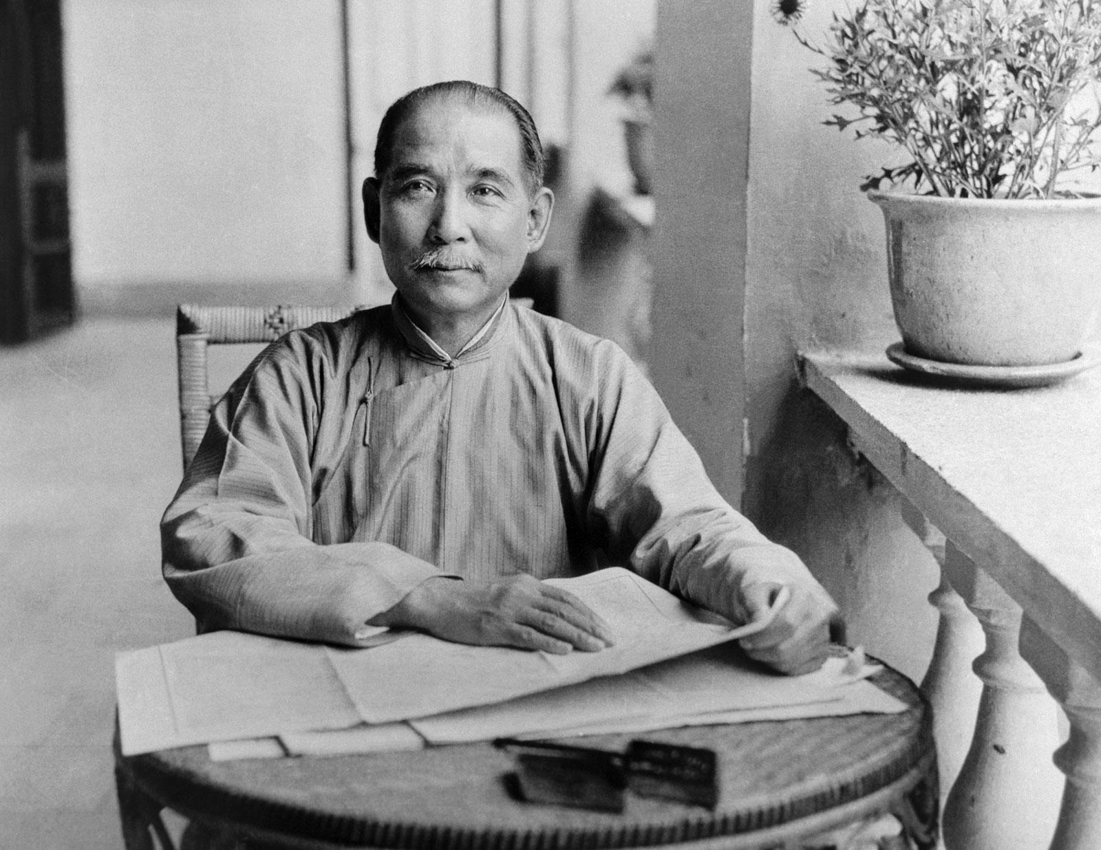 Tôn Dật Tiên ở Quảng Châu năm 1924. Nguồn: Wikimedia.