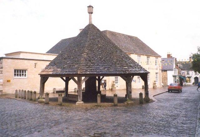The Butter Cross, Oakham - geograph.org.uk - 738211