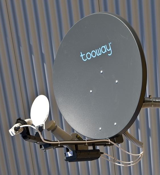 اینترنت ماهواره ای چیست؟, اتصال به اینترنت از طریق ماهواره, Dial up اینترنت Wireless Recieve Send, پهنای باند سرویس دهنده اینترنت, Satellite Proxy Base ISP, اکانت اینترنت ماهواره ای رایگان, اکانت اینترنت ماهواره ای آنلاین, اکانت اینترنت ماهواره ای فروش, اکانت اینترنت ماهواره ای دو طرفه یک طرفه, اینترنت ماهواره ای رایگان یکطرفه, طریقه دانلود رایگان نامحدود در اینترنت ماهواره ای, اینترنت ماهواره ای آفلاین صبا در ایران