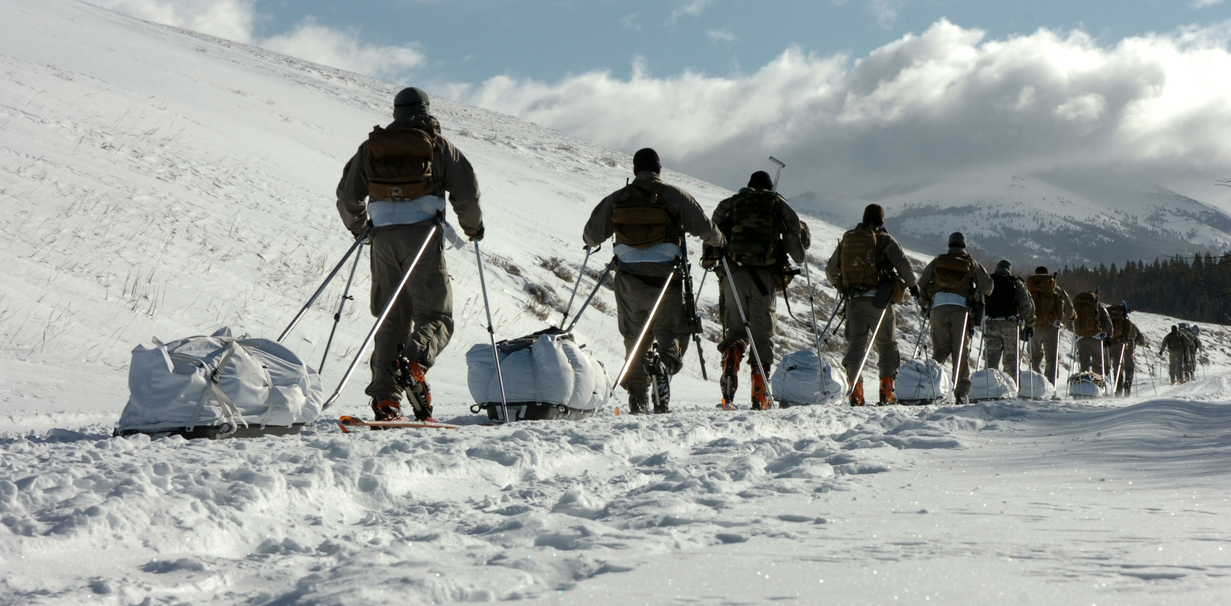 File Us Army Special Forces Soldiers Conduct Cold Weather Training