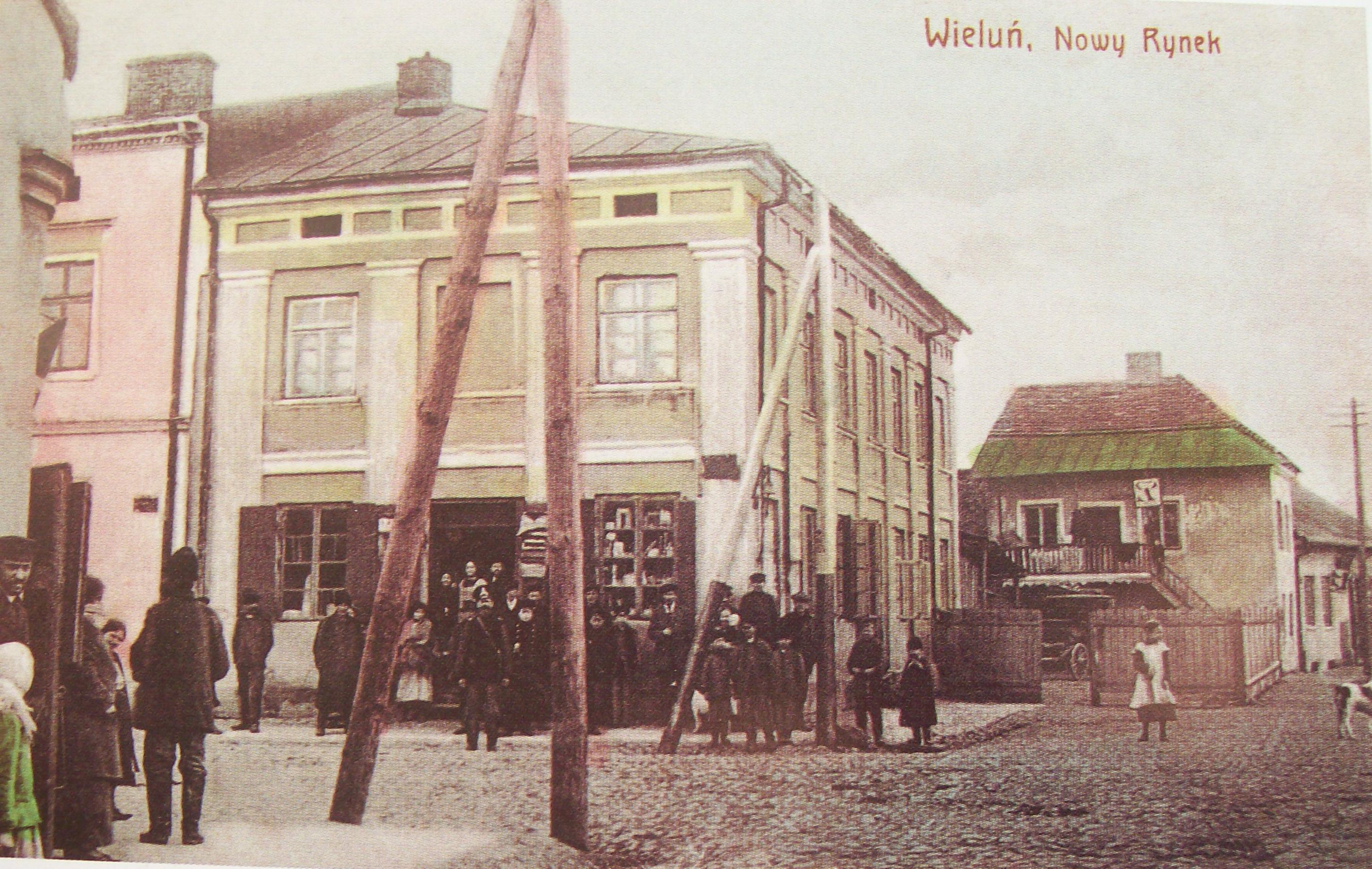 File:Wielun NowyRynek1915.jpg - Wikimedia Commons