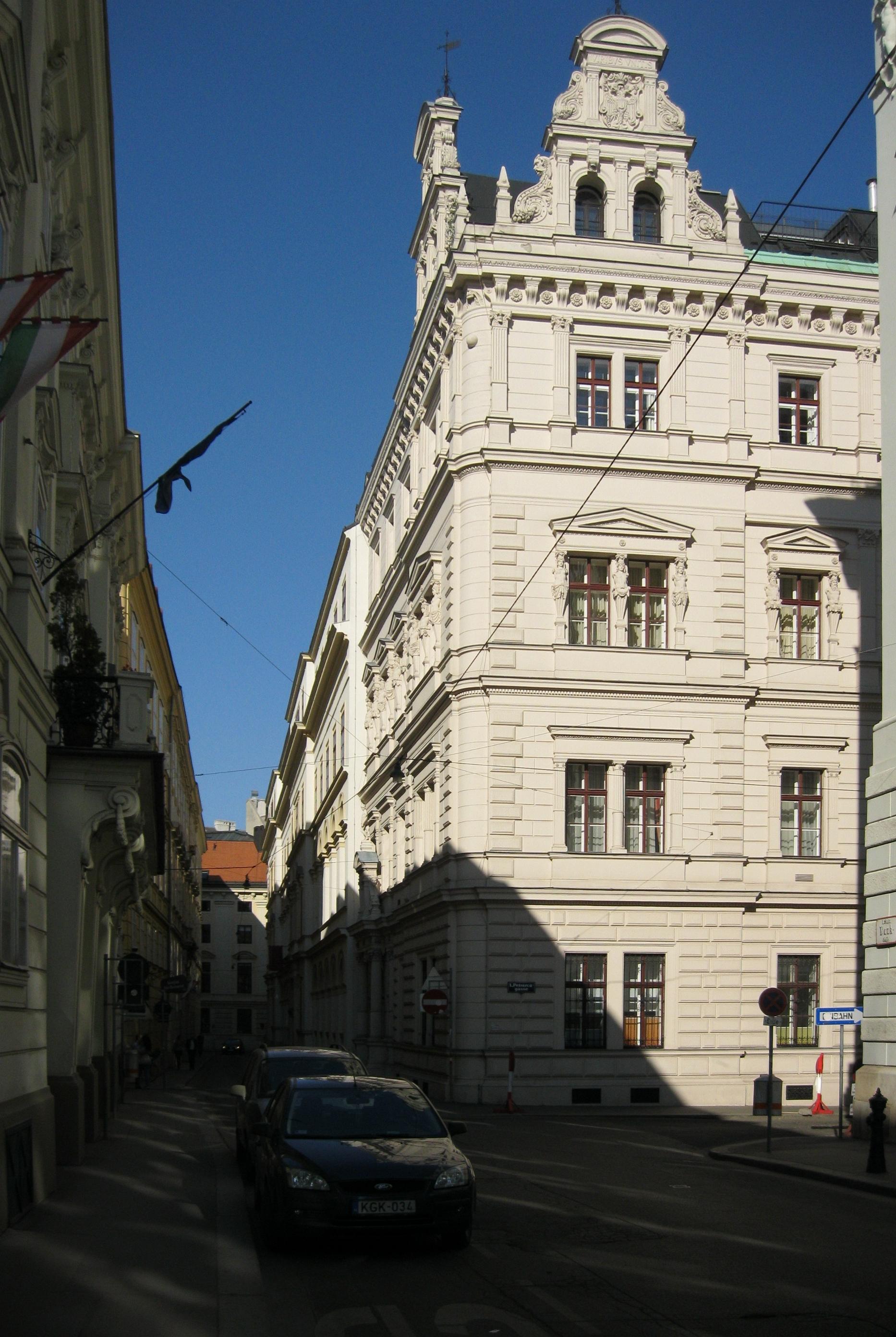 Wien - Innere Stadt - Bankgasse 3 - 06.JPG