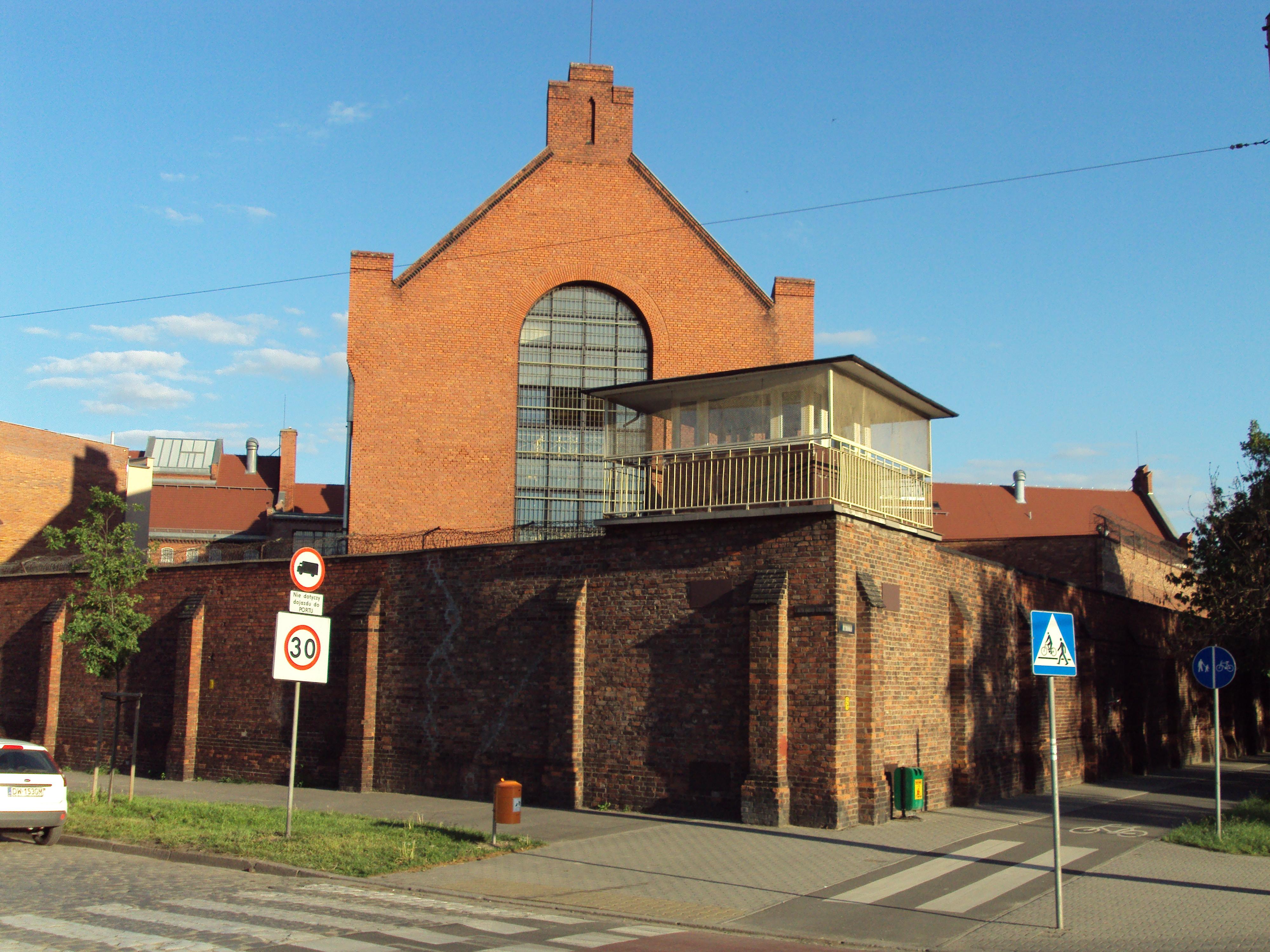 Plik Wrocław - Zakład Karny nr 1.jpg – Wikipedia 9ee0ddc7af34b