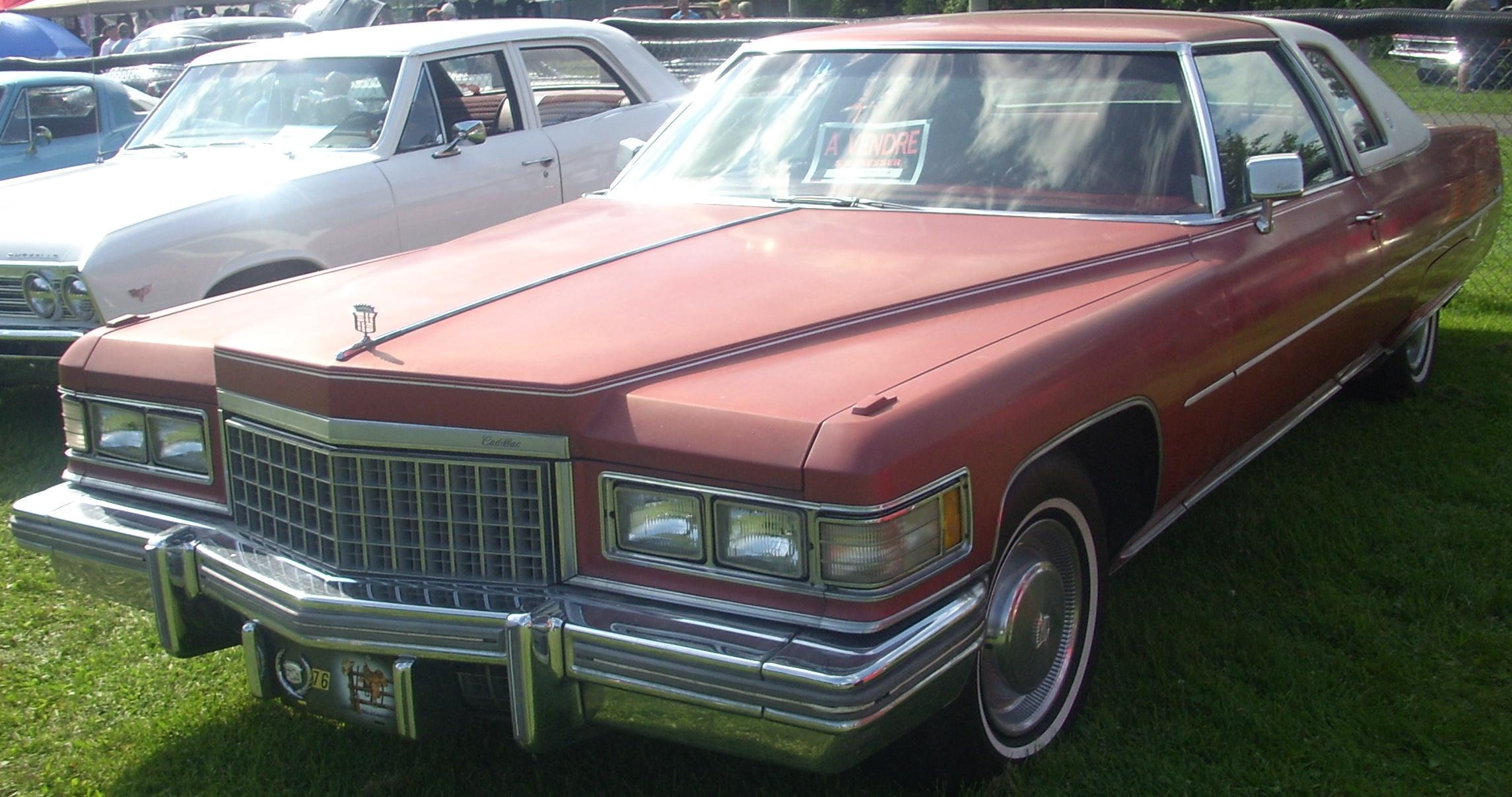 File:'75 Cadillac Coupe de Ville (Rigaud).jpg - Wikimedia Commons
