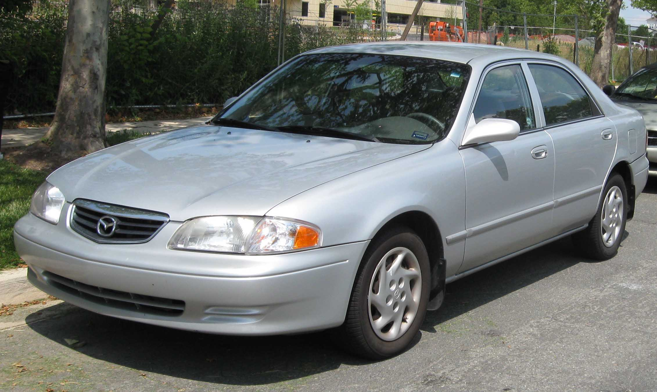 File:00-02 Mazda 626 LX.jpg - Wikimedia Commons