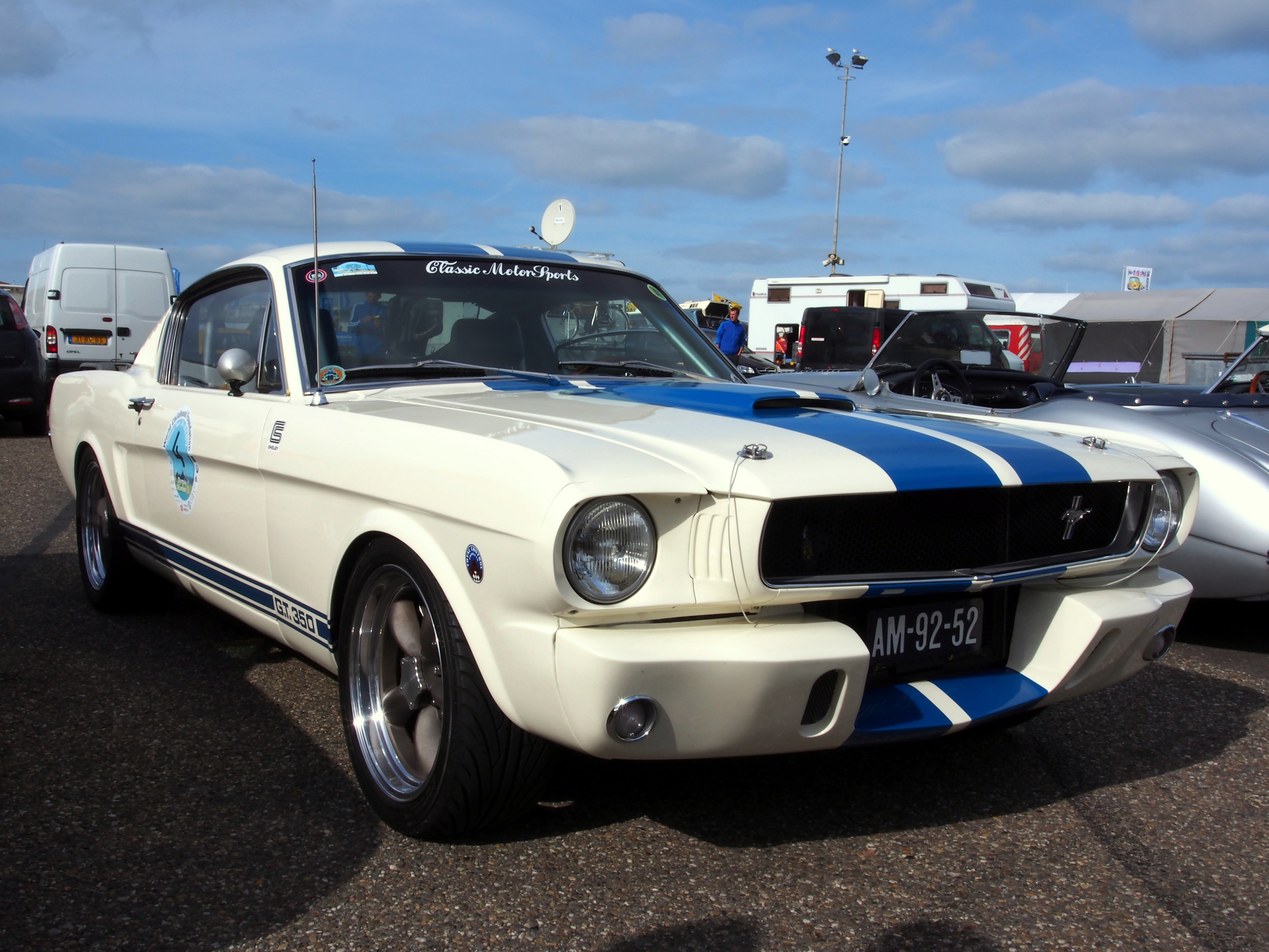 Muscle Cars 4 You: 1965 Ford Mustang (The Best Car Ever!)