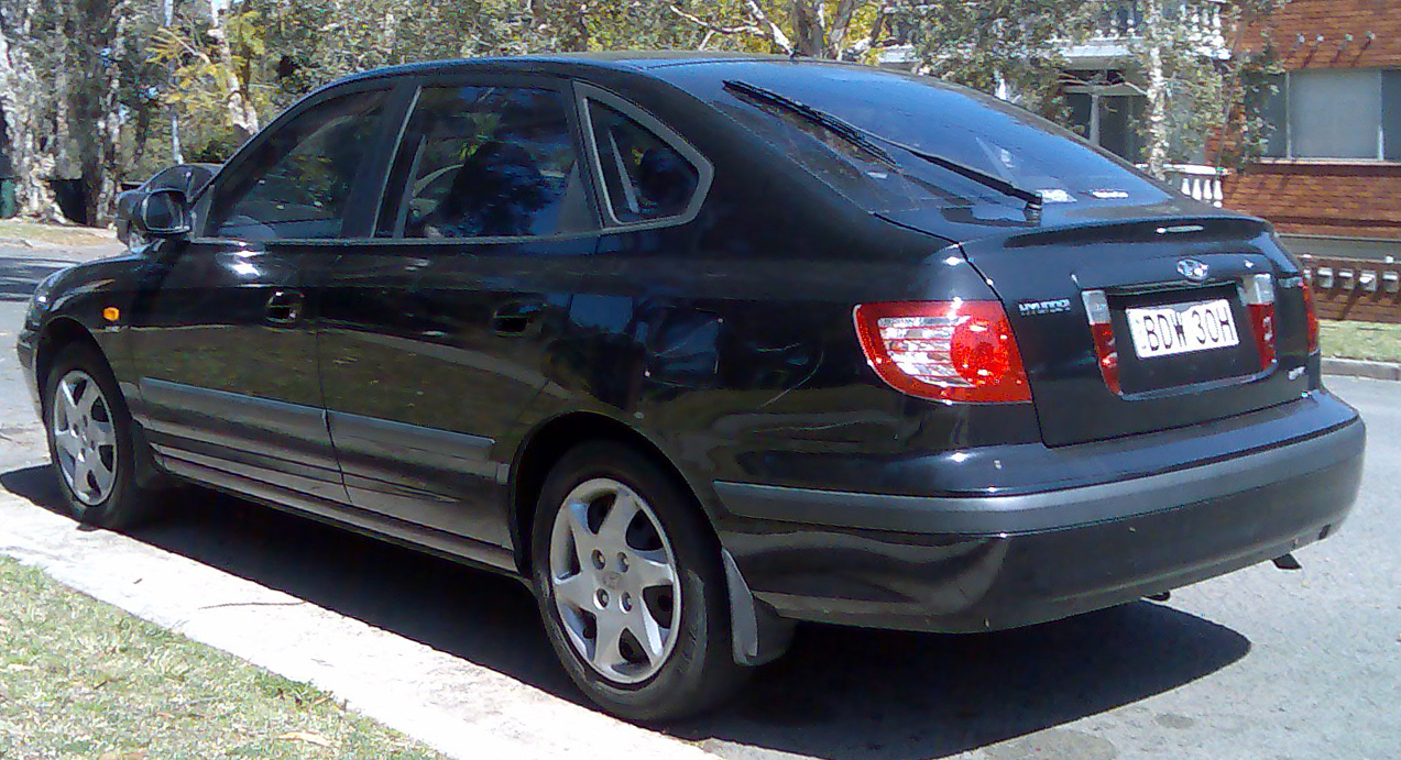2003 hyundai elantra hatchback autos post. Black Bedroom Furniture Sets. Home Design Ideas