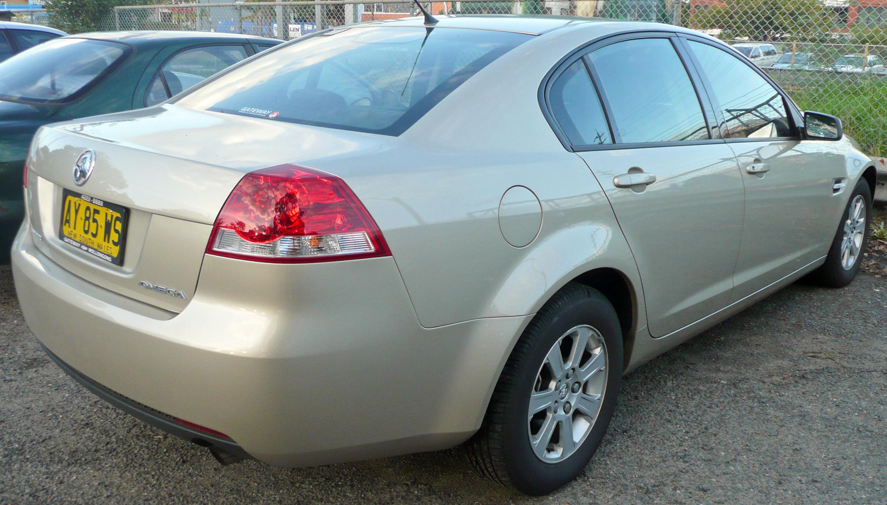 2008 holden commodore omega ve sedan