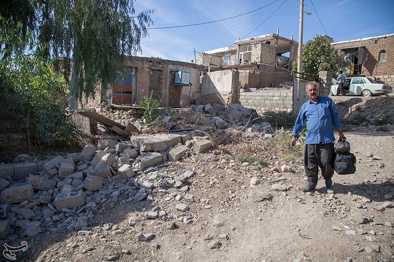 2017 Kermanshah earthquake by Farzad Menati - Villages of Sarpol-e Zahab County (86).jpg