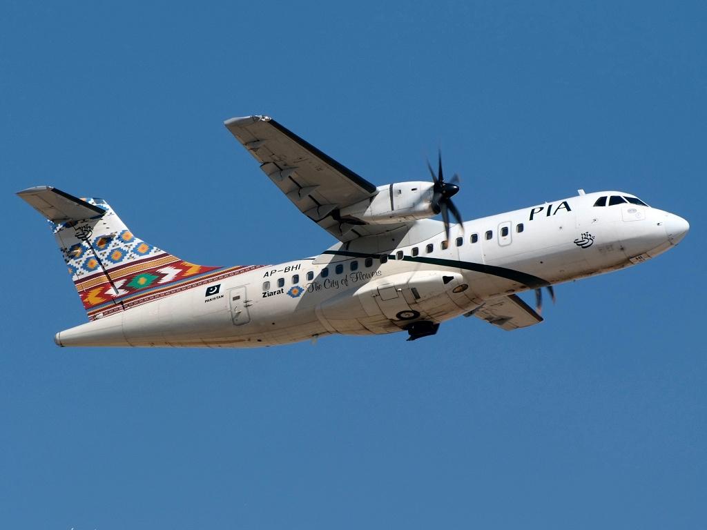 Resultado de imagen para Pakistan Airlines ATR 42