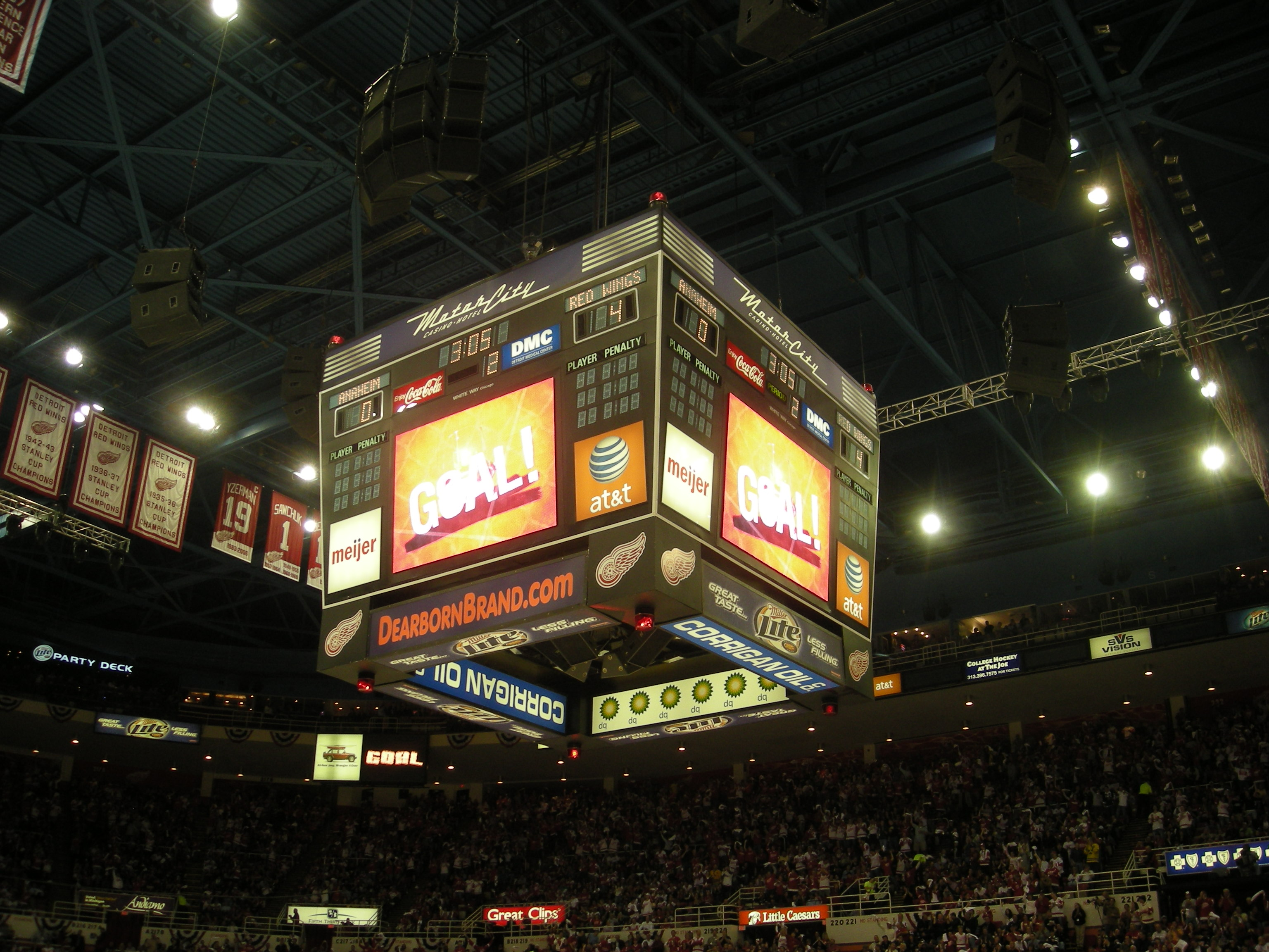Detroit Red Wings Arena >> File:Anaheim Ducks vs. Detroit Red Wings Oct 8, 2010 47.JPG - Wikimedia Commons