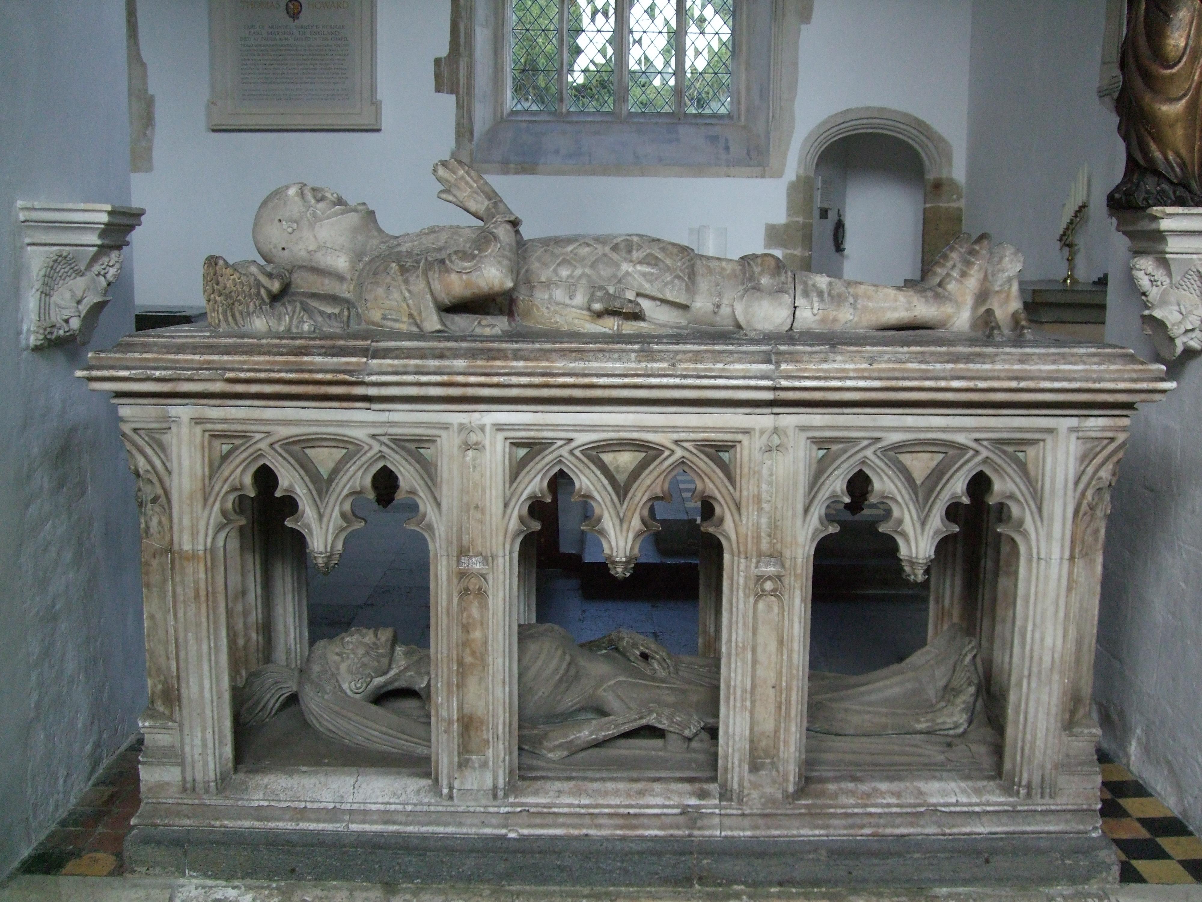 Cadaver tomb - Wikiwan...