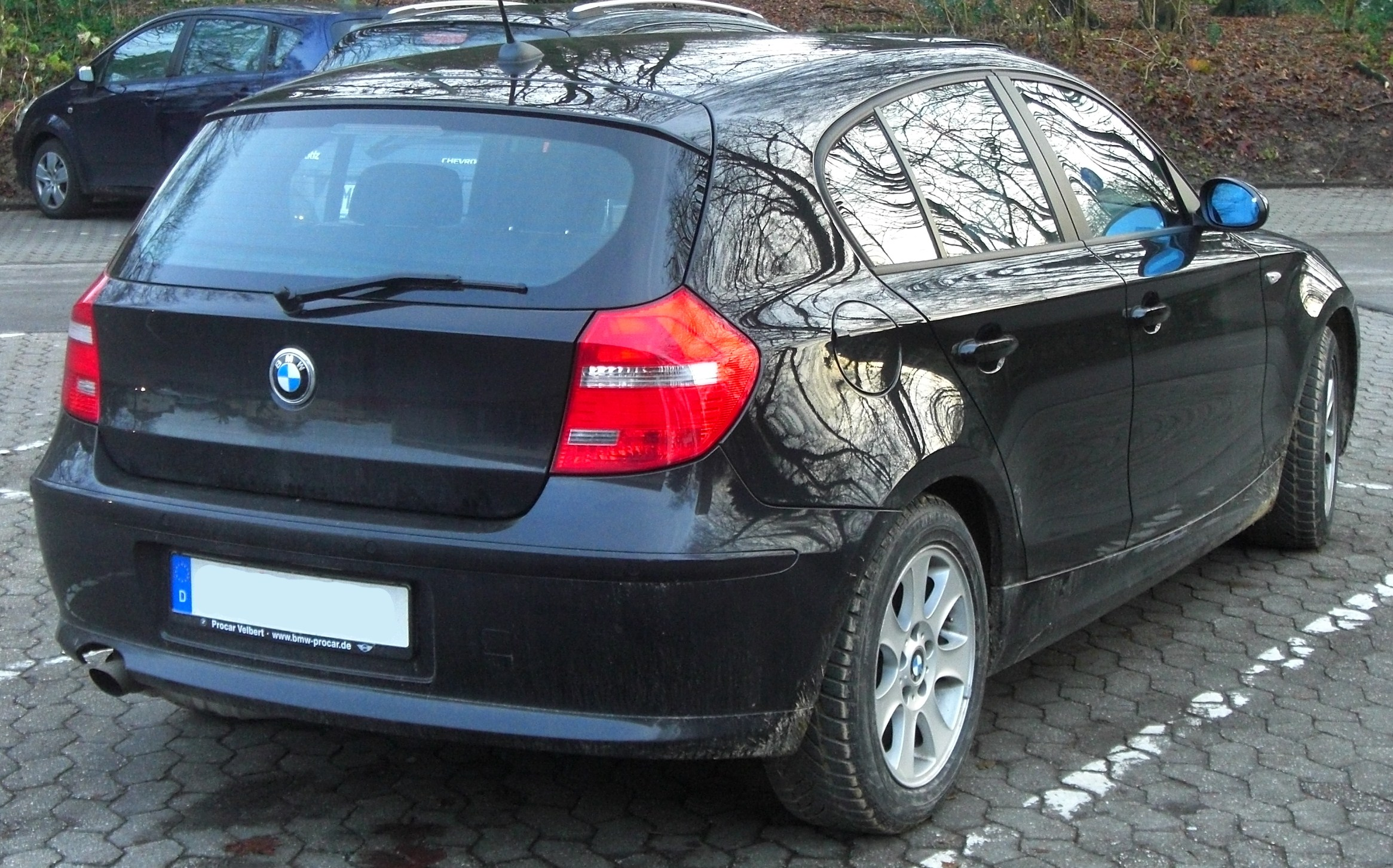 file bmw 1er e87 facelift seit 2007 rear mj jpg wikimedia commons. Black Bedroom Furniture Sets. Home Design Ideas