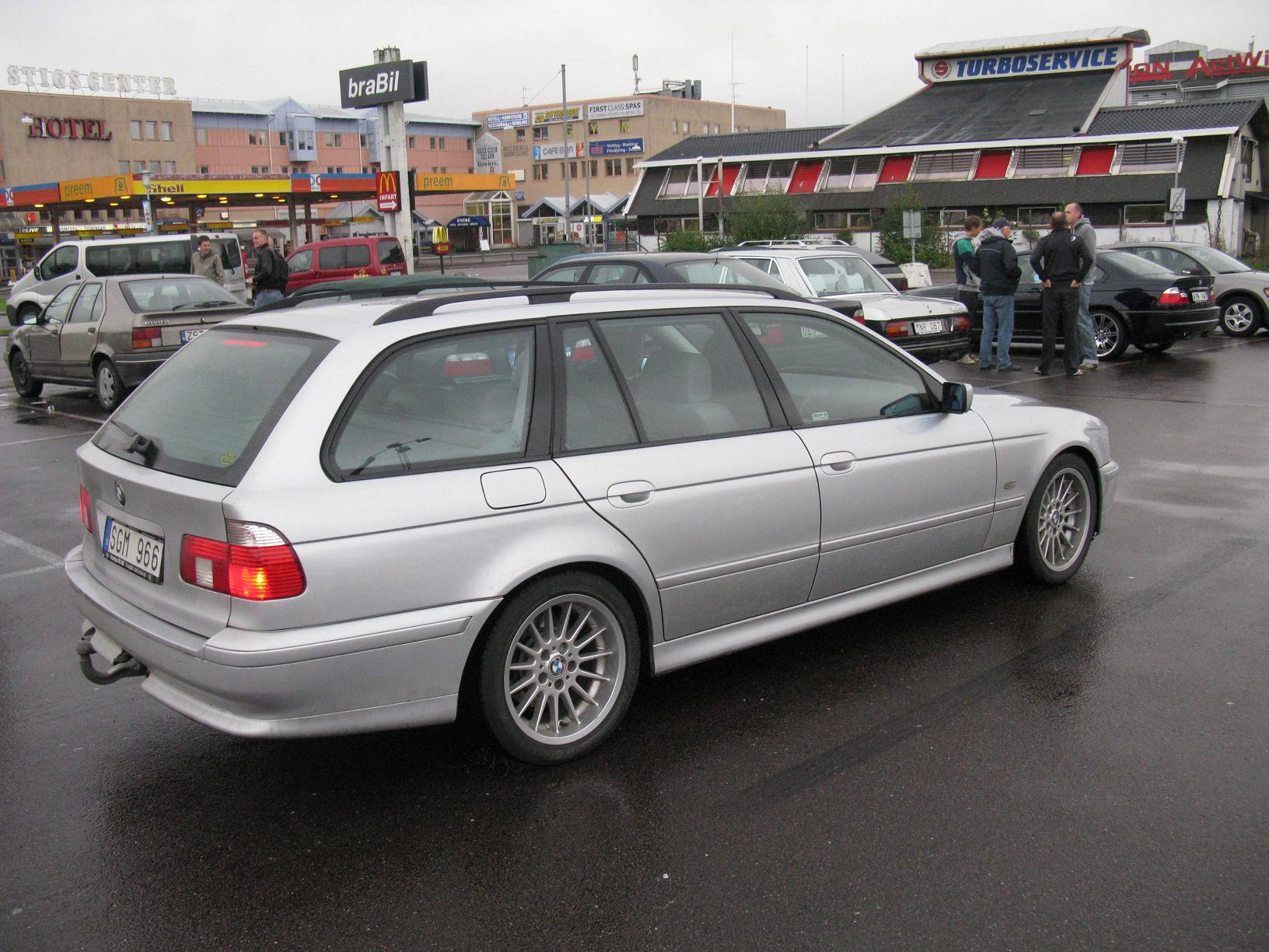 File Bmw 5 Series Touring E39 4982120975 Jpg Wikimedia Commons